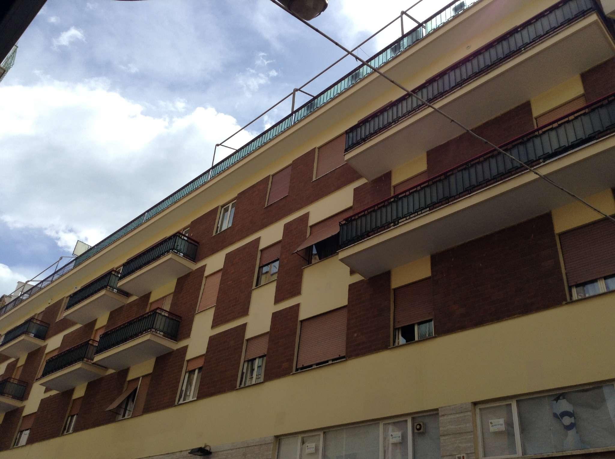 Appartamento in vendita a Tivoli, 3 locali, prezzo € 159.000 | CambioCasa.it