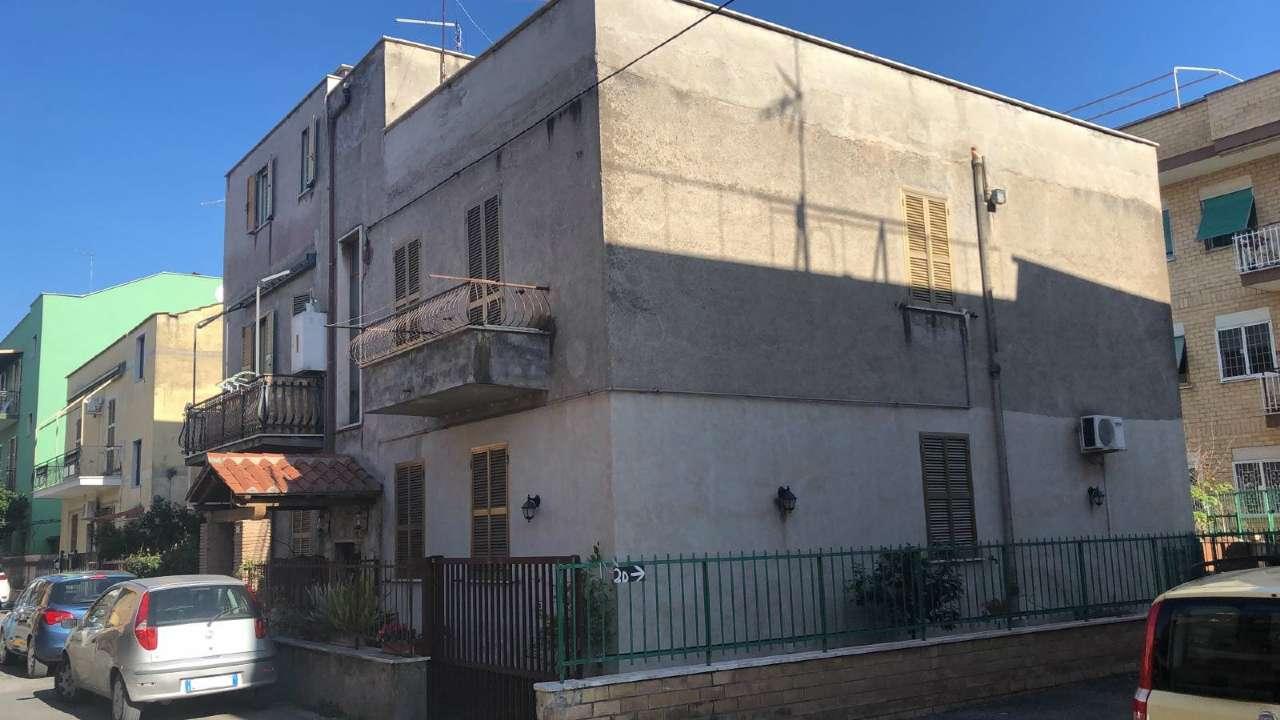 Appartamento in vendita a Tivoli, 3 locali, prezzo € 115.000 | CambioCasa.it