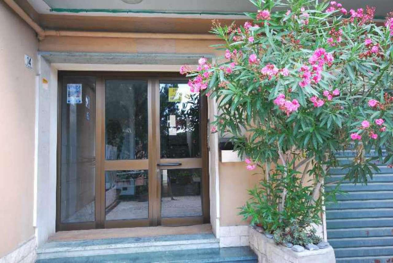Attico / Mansarda in buone condizioni in affitto Rif. 7338995