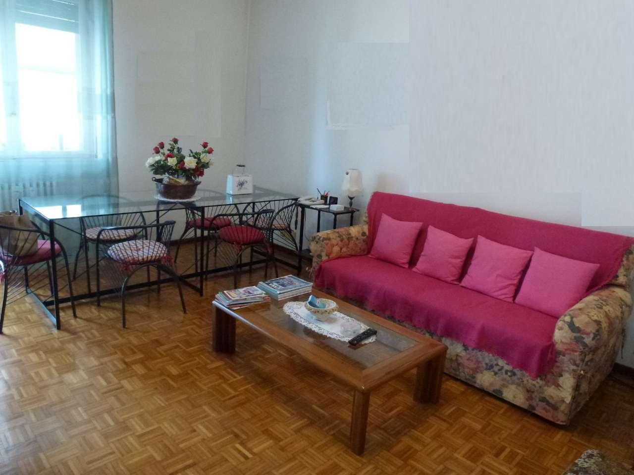 Appartamento in buone condizioni in vendita Rif. 7850370