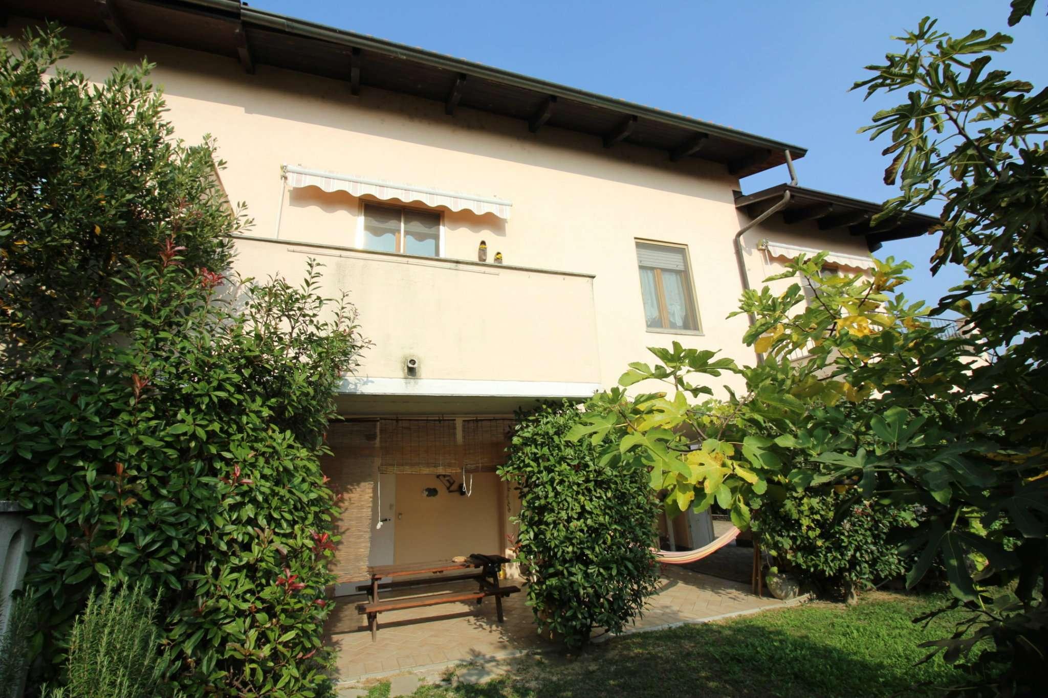 Villa in ottime condizioni in vendita Rif. 8382517