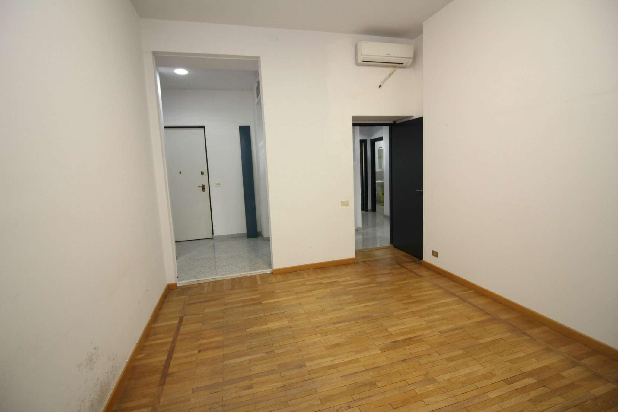 Ufficio / Studio in affitto a Vercelli, 9999 locali, prezzo € 700 | PortaleAgenzieImmobiliari.it