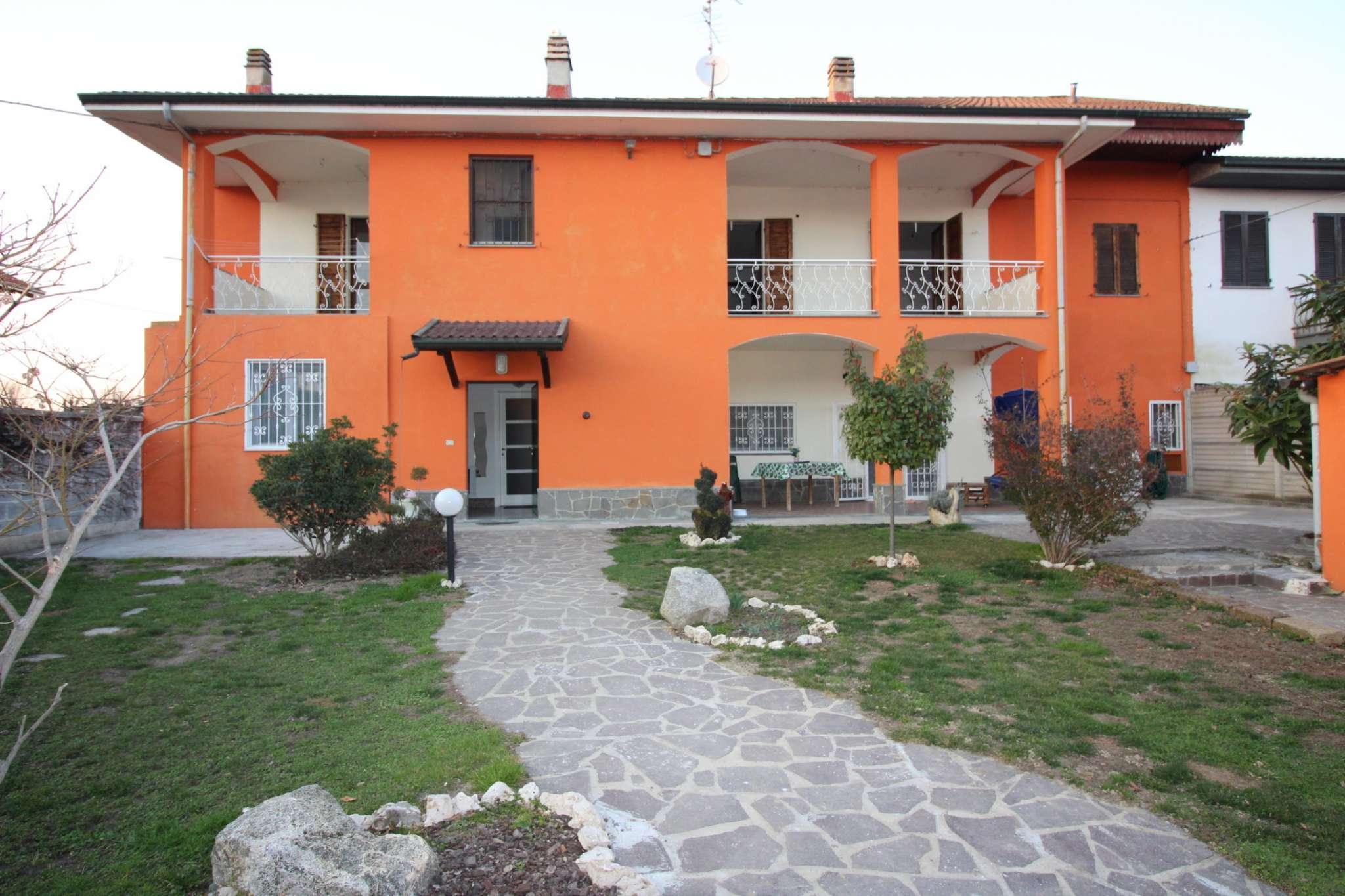 Villa Bifamiliare in vendita a Prarolo, 6 locali, prezzo € 250.000 | PortaleAgenzieImmobiliari.it