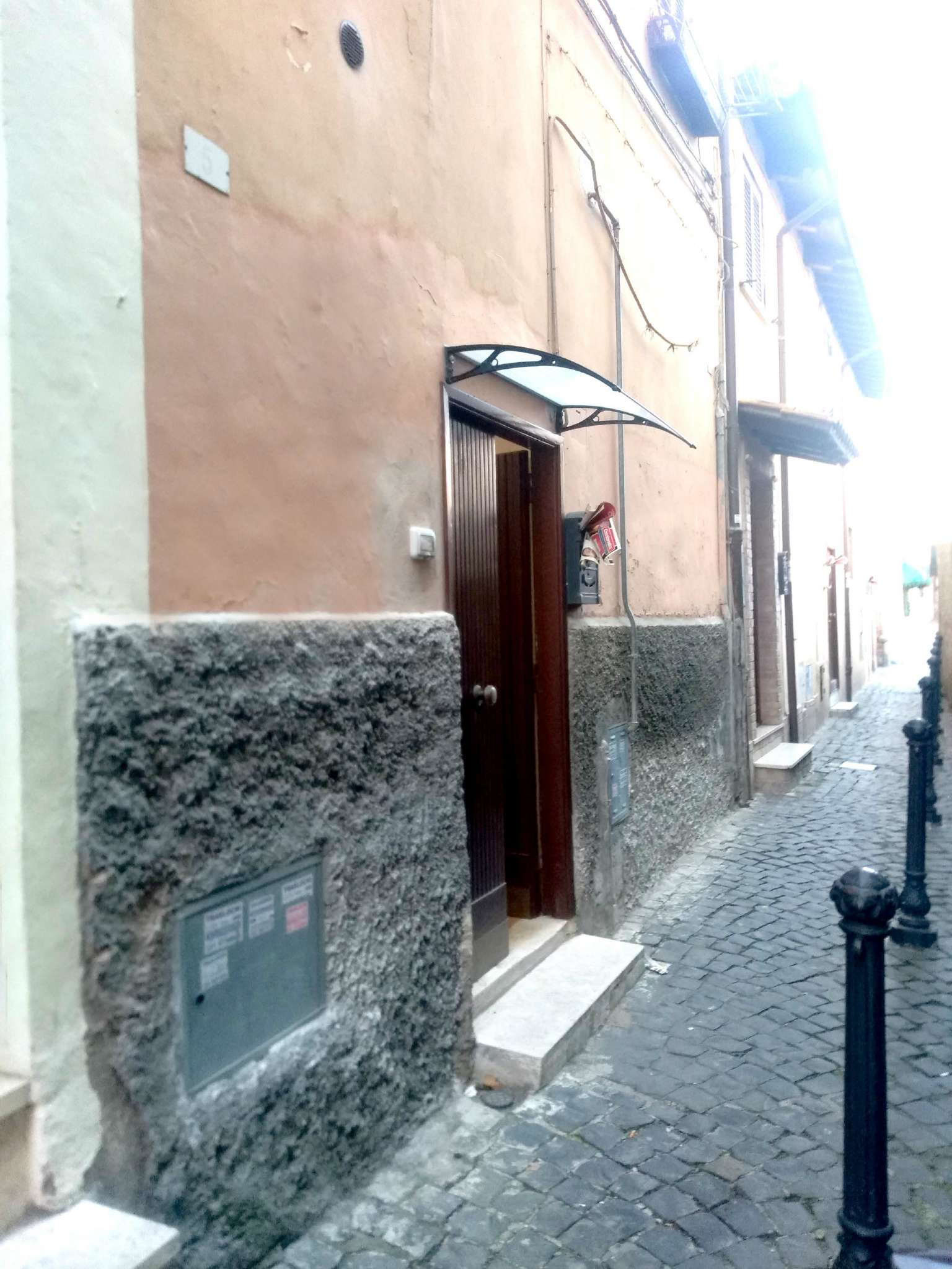 Appartamento in buone condizioni arredato in affitto Rif. 9275604