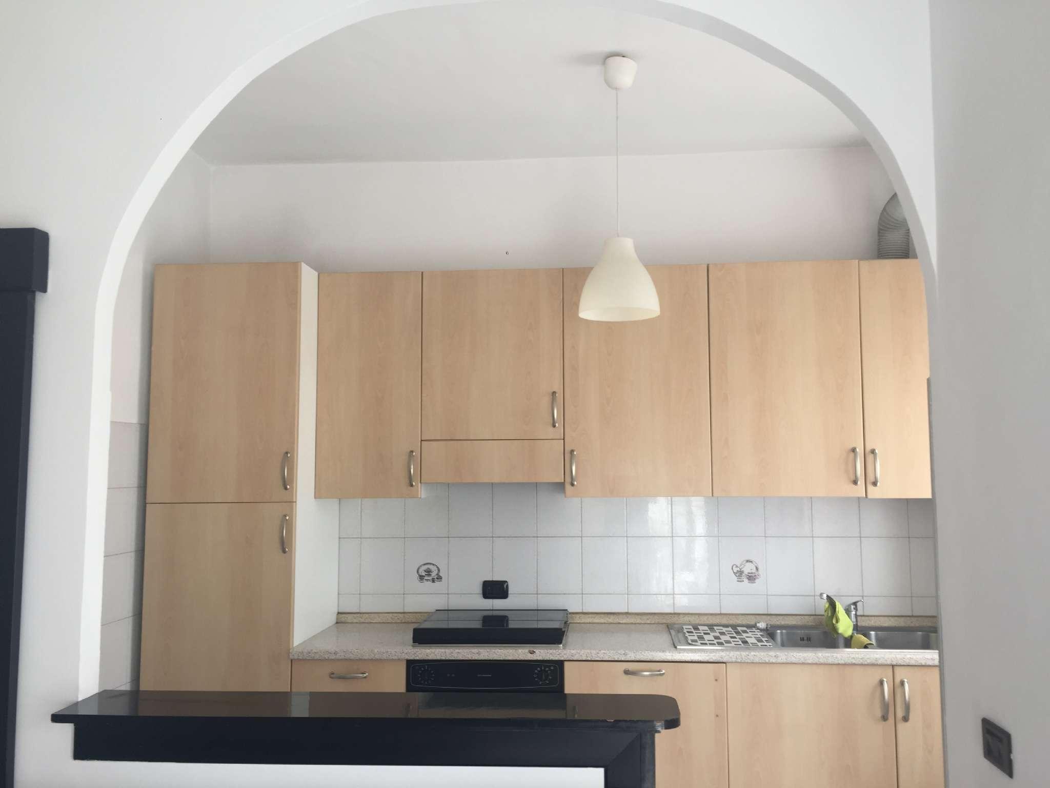 Appartamento ristrutturato arredato in affitto Rif. 7949021