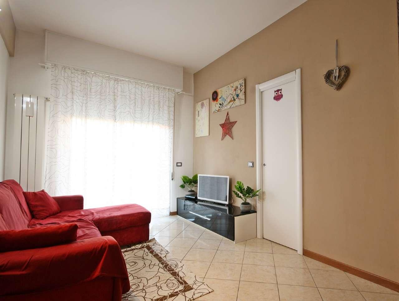 Appartamento in vendita a Chiavari, 3 locali, prezzo € 135.000   CambioCasa.it