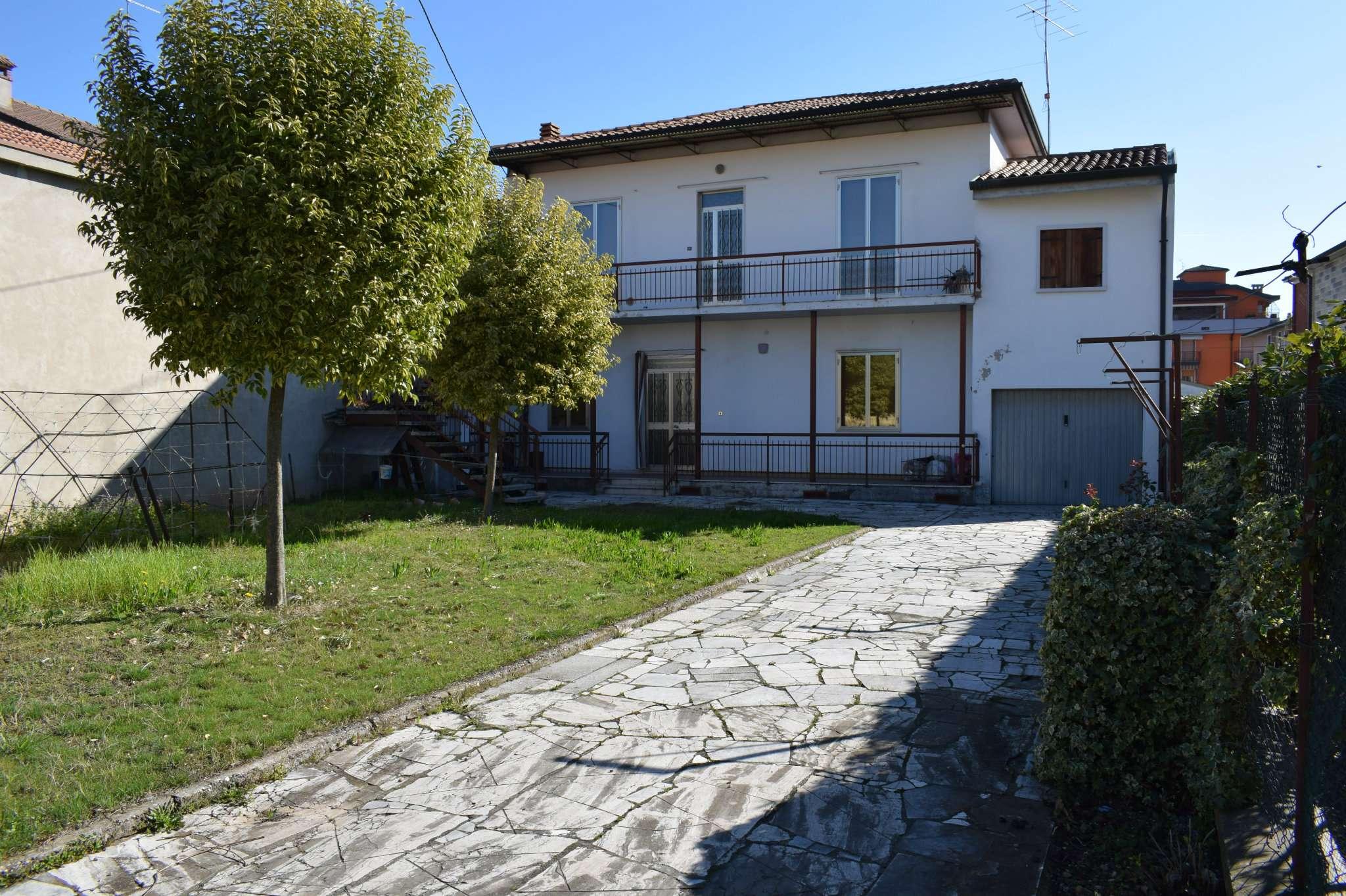Appartamento in vendita a Sona, 9 locali, prezzo € 320.000 | PortaleAgenzieImmobiliari.it