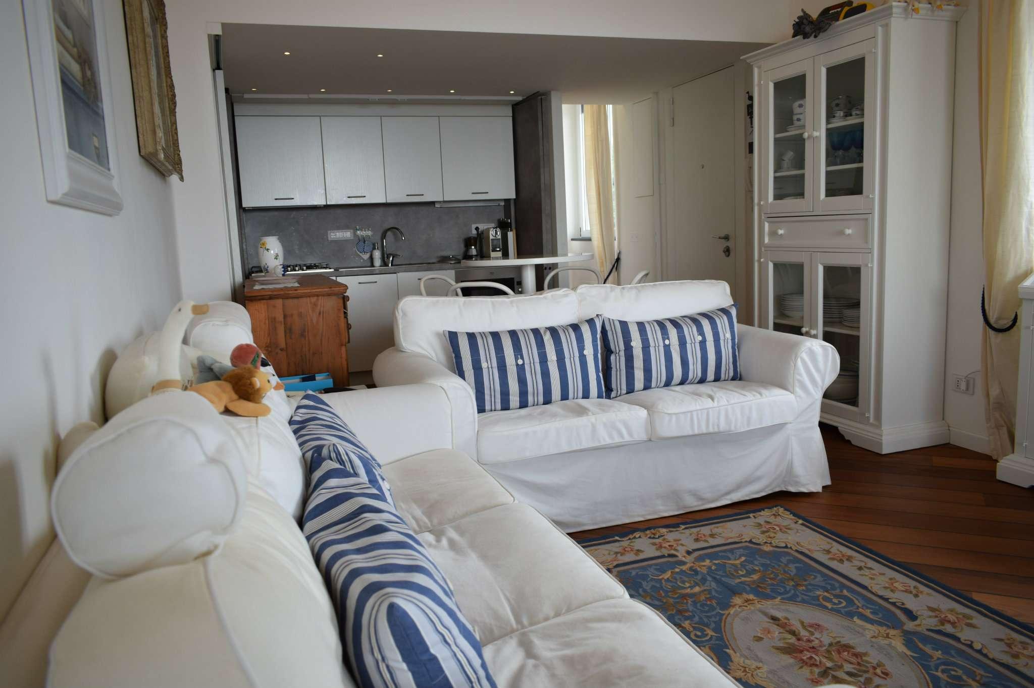 Villa Bifamiliare in vendita a Varazze, 3 locali, prezzo € 1.000.000   CambioCasa.it