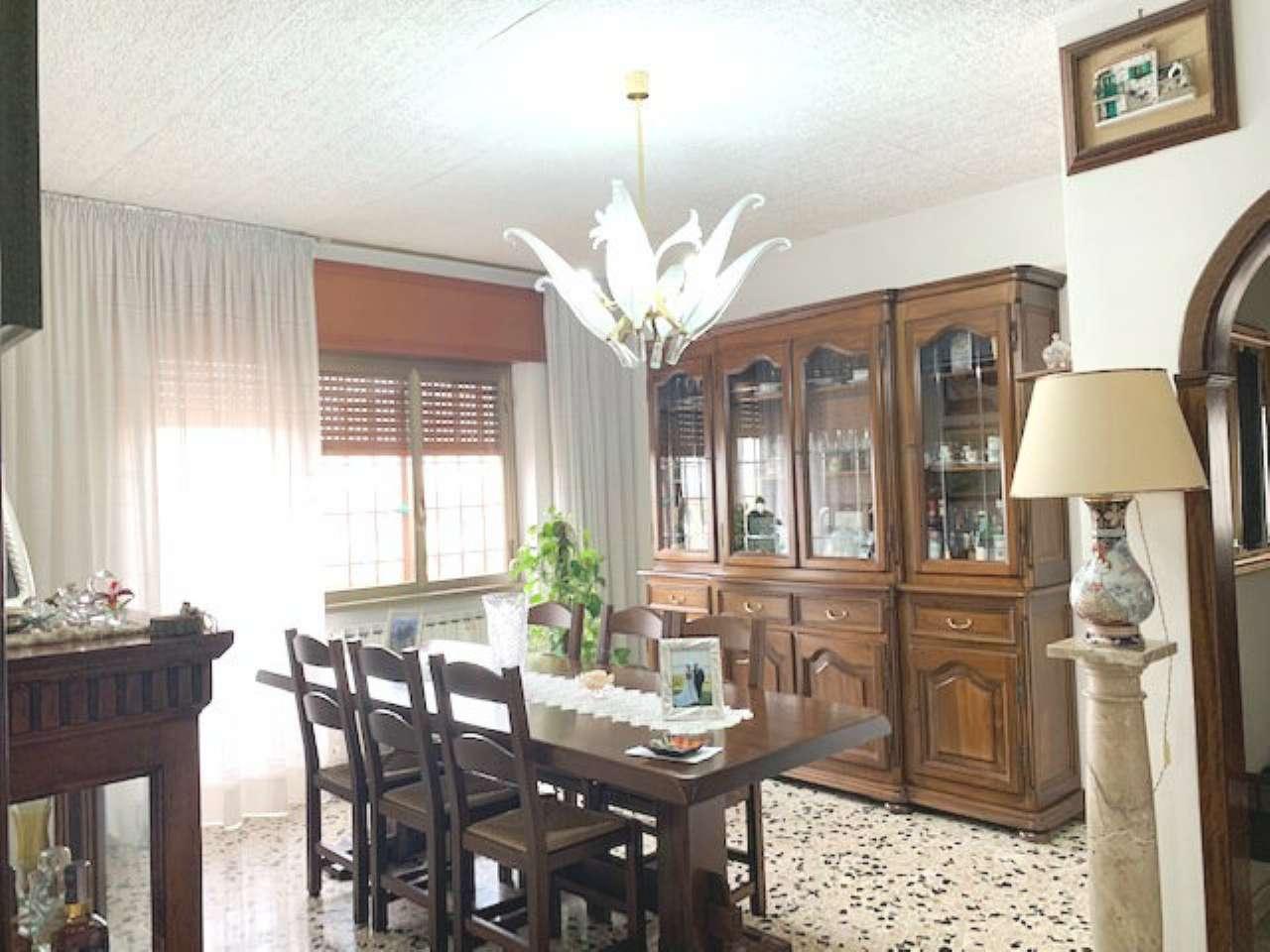 Appartamento in vendita a Roma, 6 locali, zona Zona: 27 . Aurelio - Boccea, prezzo € 245.000 | CambioCasa.it