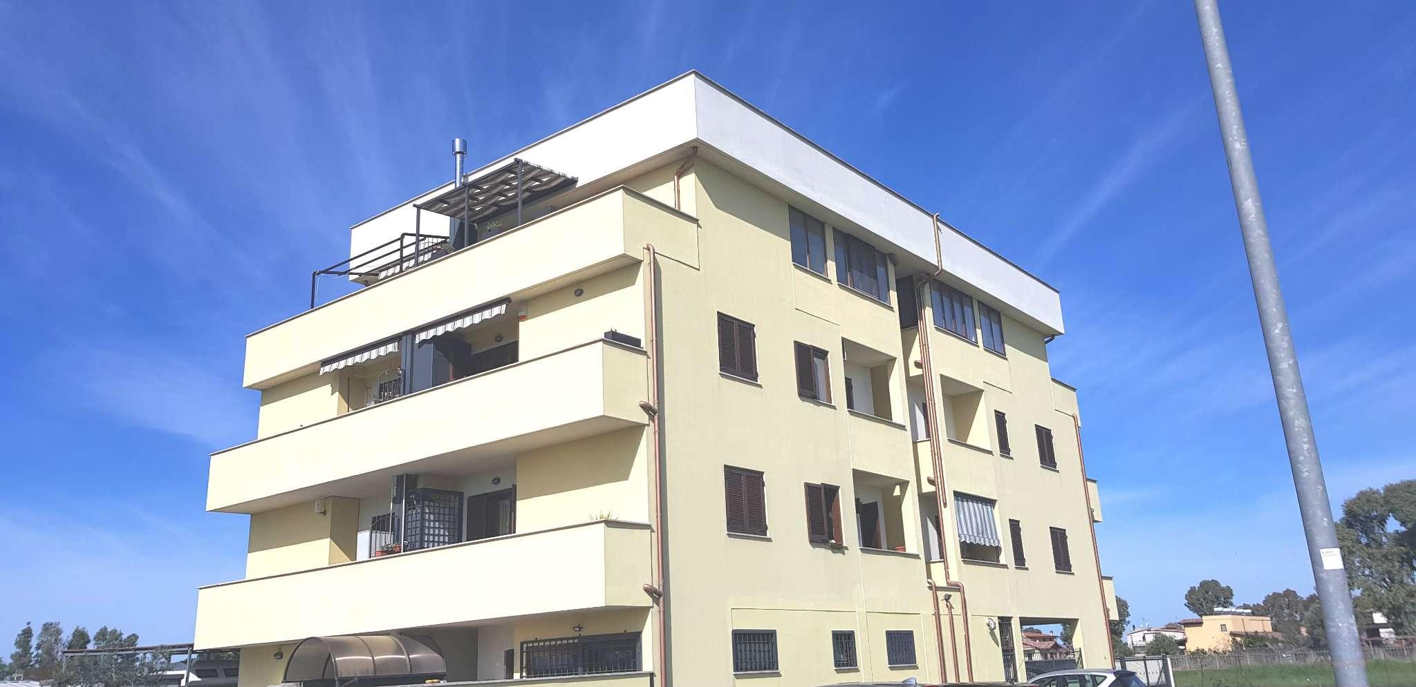 Appartamento in vendita a Roma, 3 locali, zona Zona: 40 . Piana del Sole, Casal Lumbroso, Malagrotta, Ponte Galeria, prezzo € 199.000   CambioCasa.it