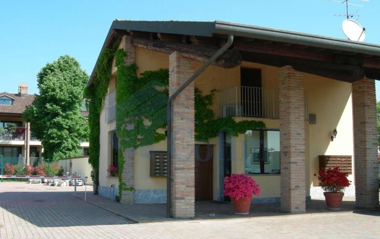 Bilocale particolare  Residenza Longhignana (Peschiera Borromeo) - in Affitto