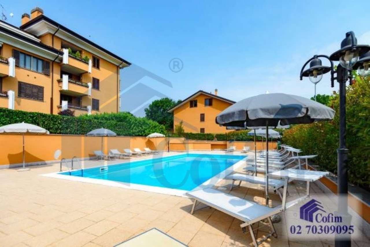 Trilocale in complesso residenziale con piscina a  San Bovio (Peschiera Borromeo) - in Affitto