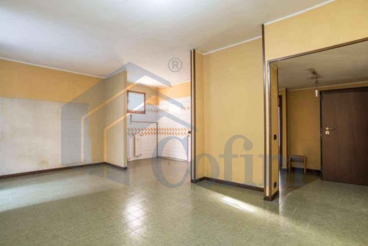 Appartamento in vendita a Peschiera Borromeo, 3 locali, prezzo € 180.000 | CambioCasa.it