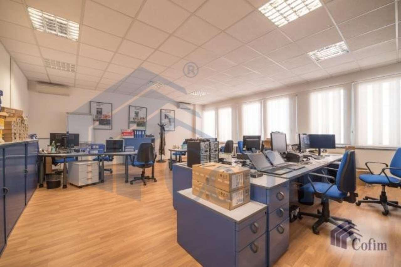 Ufficio / Studio in affitto a San Donato Milanese, 9 locali, prezzo € 4.100 | CambioCasa.it