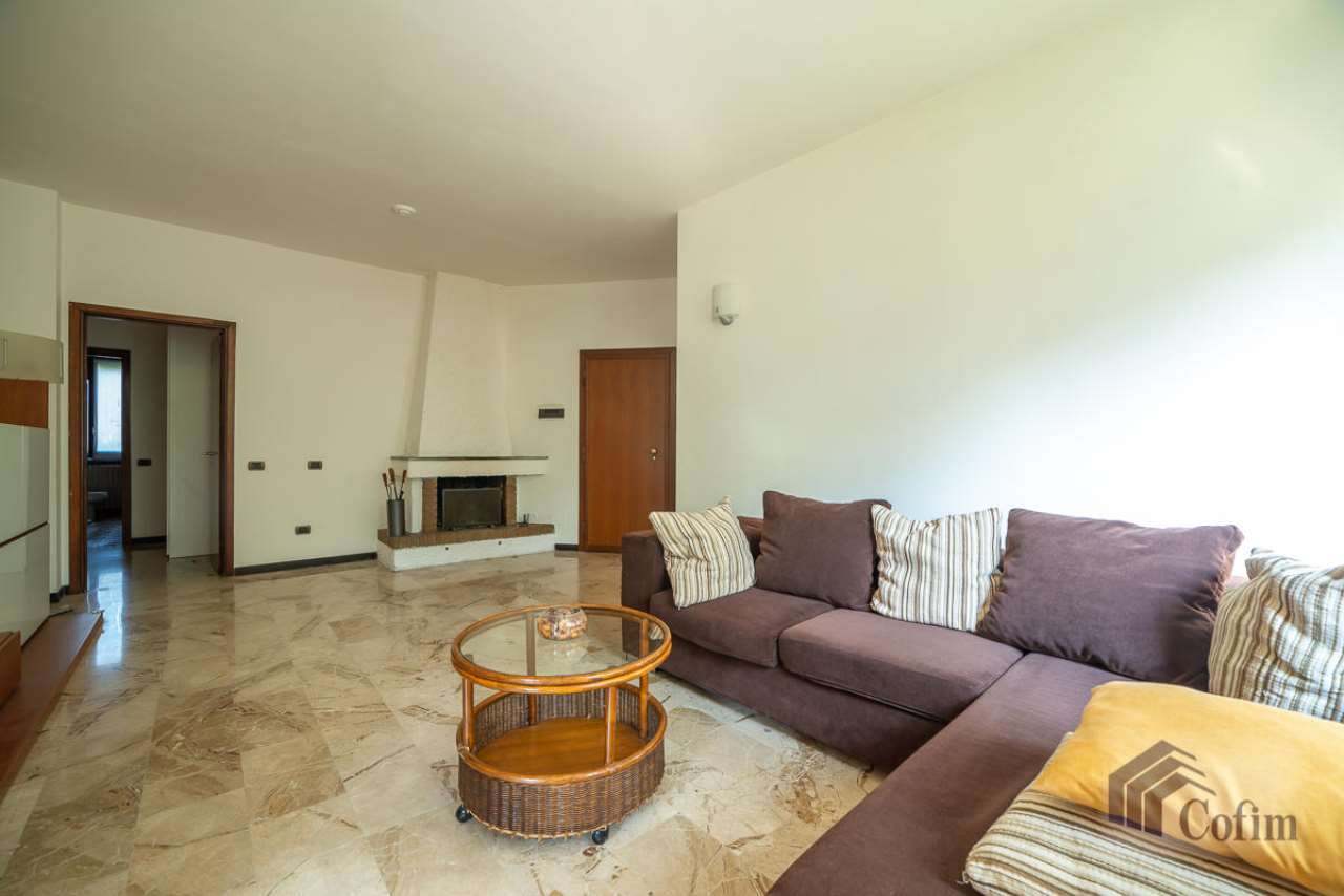 Appartamento in affitto a Peschiera Borromeo, 3 locali, prezzo € 800 | CambioCasa.it