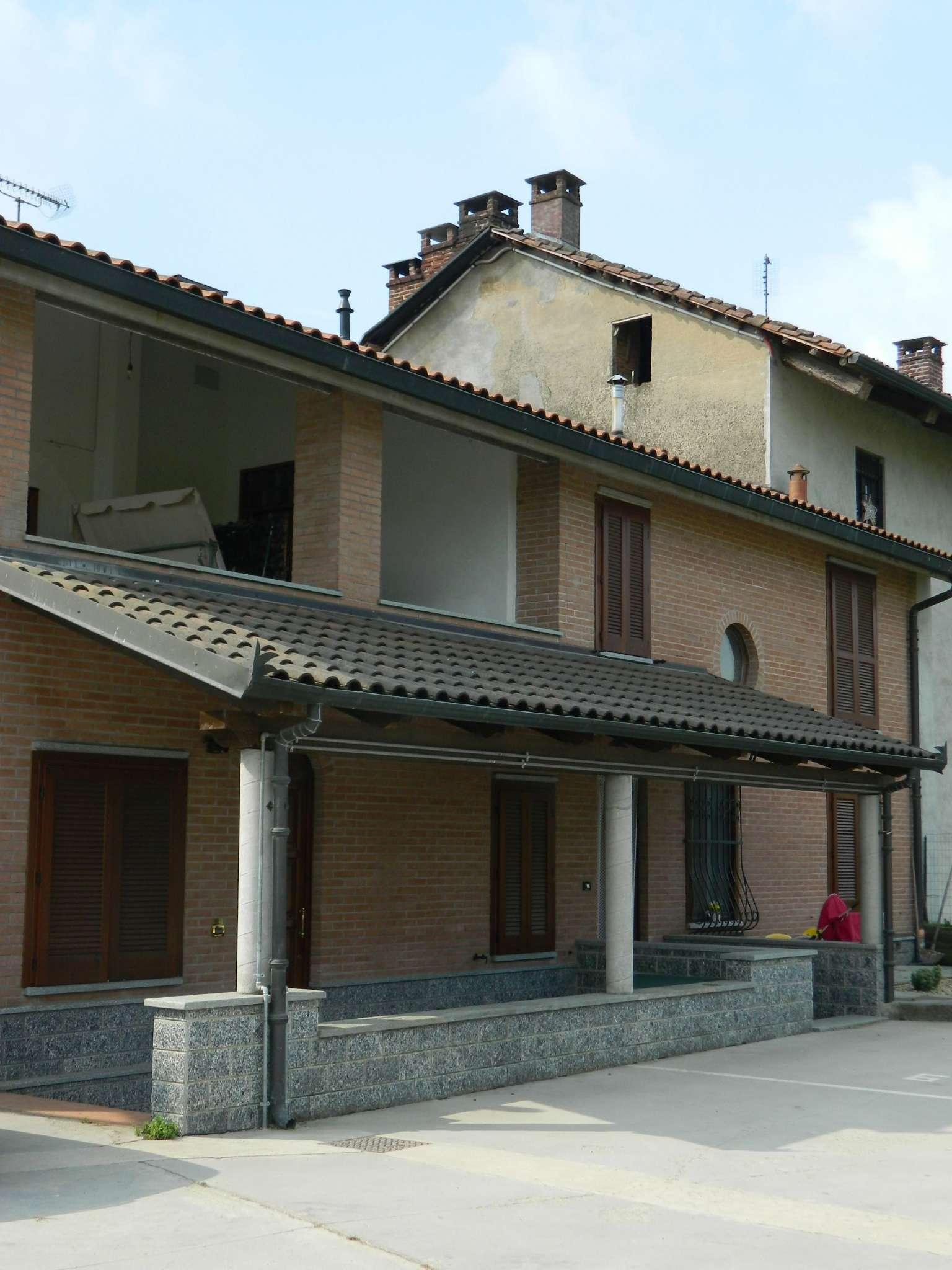 Appartamento in vendita a None, 3 locali, prezzo € 124.000   CambioCasa.it