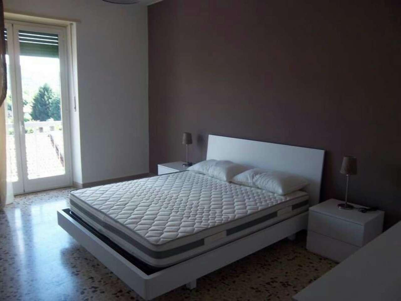 Appartamento in ottime condizioni arredato in affitto Rif. 5933019