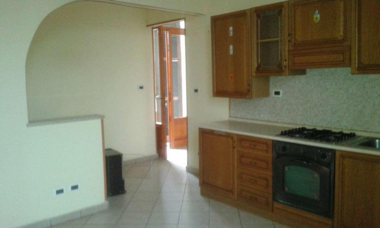 Appartamento in affitto a Cigliano, 3 locali, prezzo € 400 | CambioCasa.it