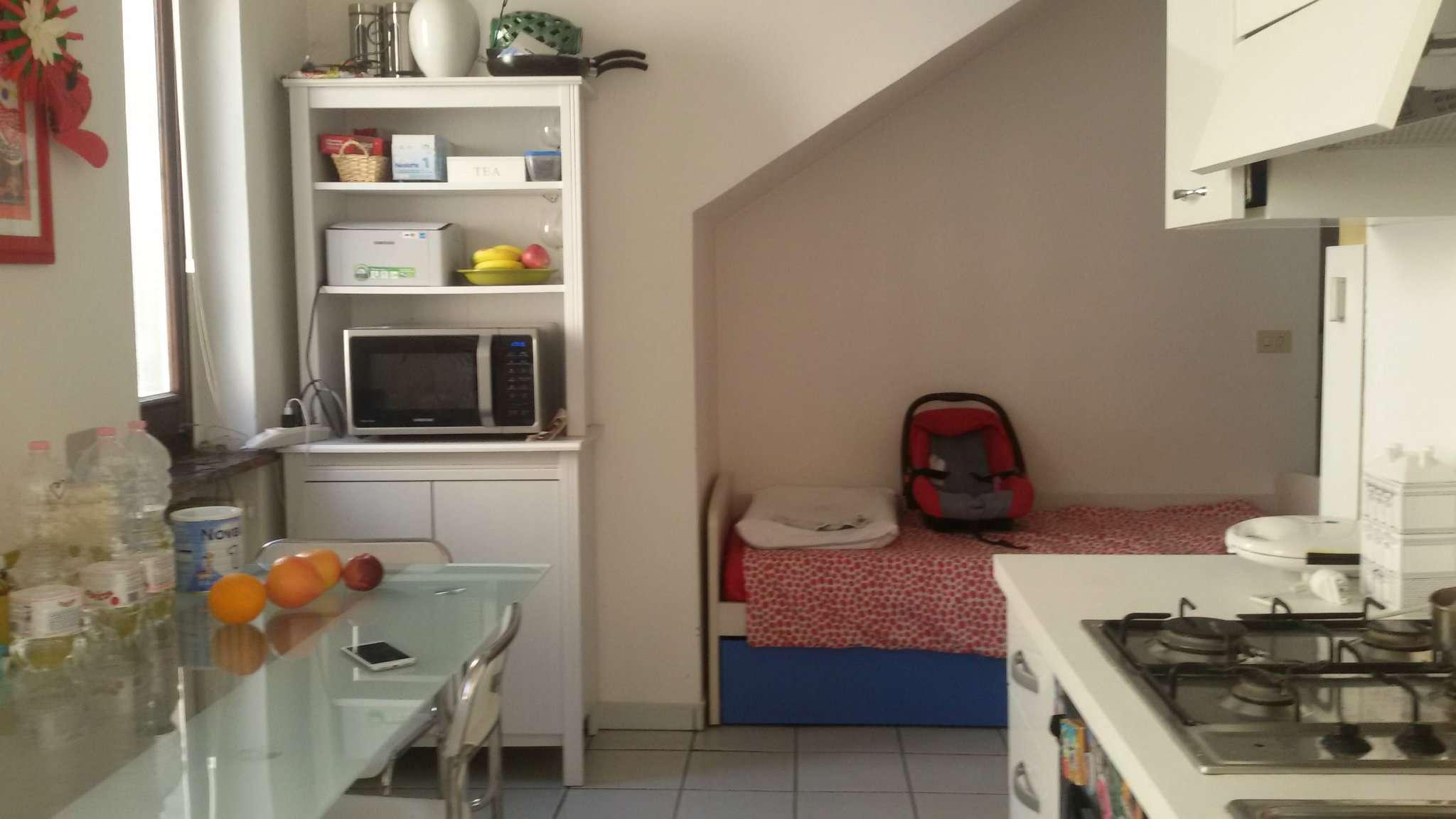 Appartamento in ottime condizioni arredato in affitto Rif. 8428355