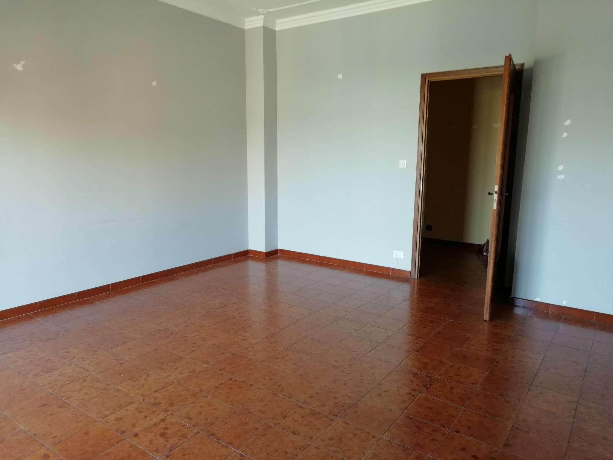 Appartamento in ottime condizioni in affitto Rif. 7476168