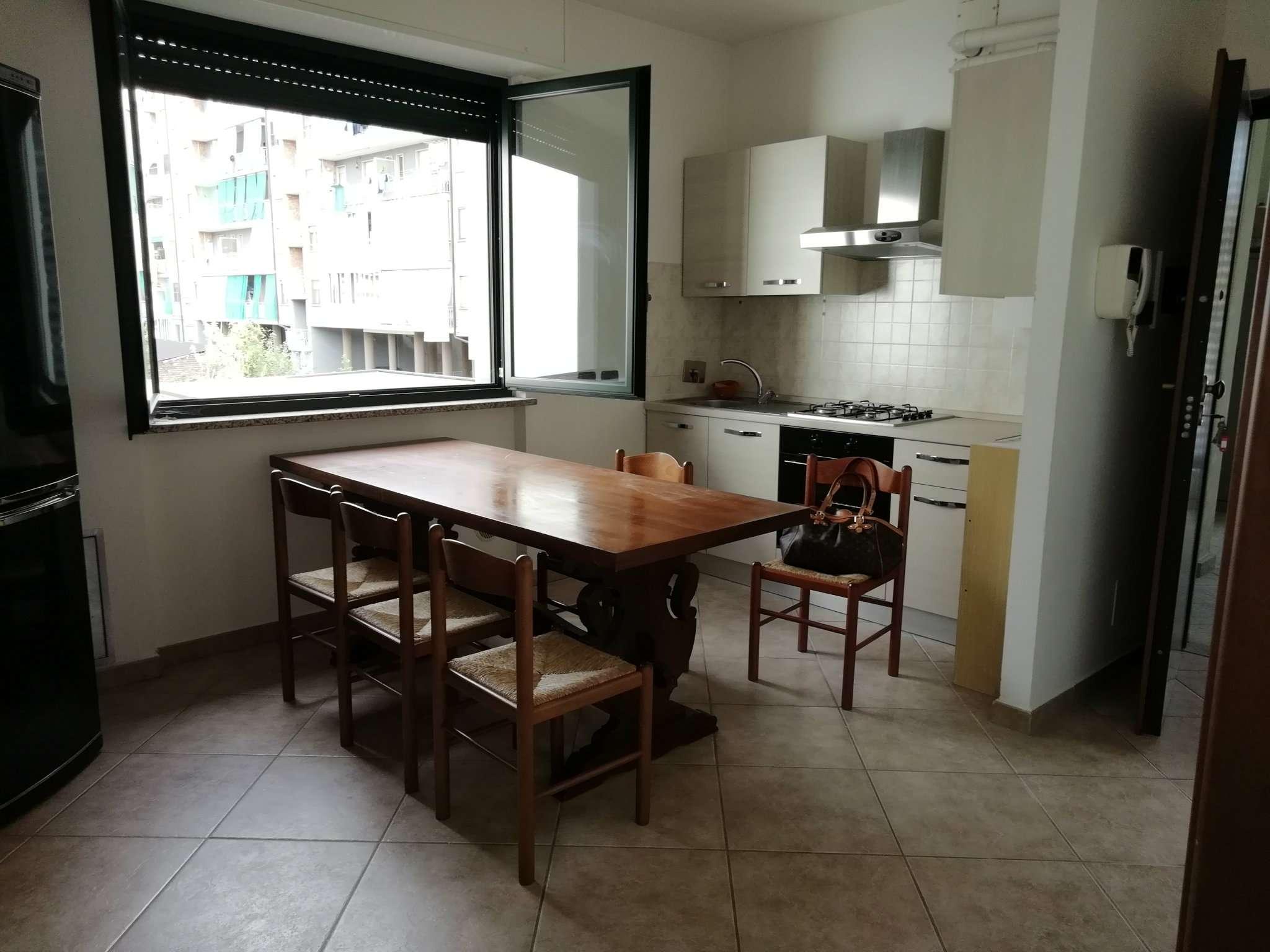 CHIVASSO centro  3 LOCALI ARREDATO + BOX