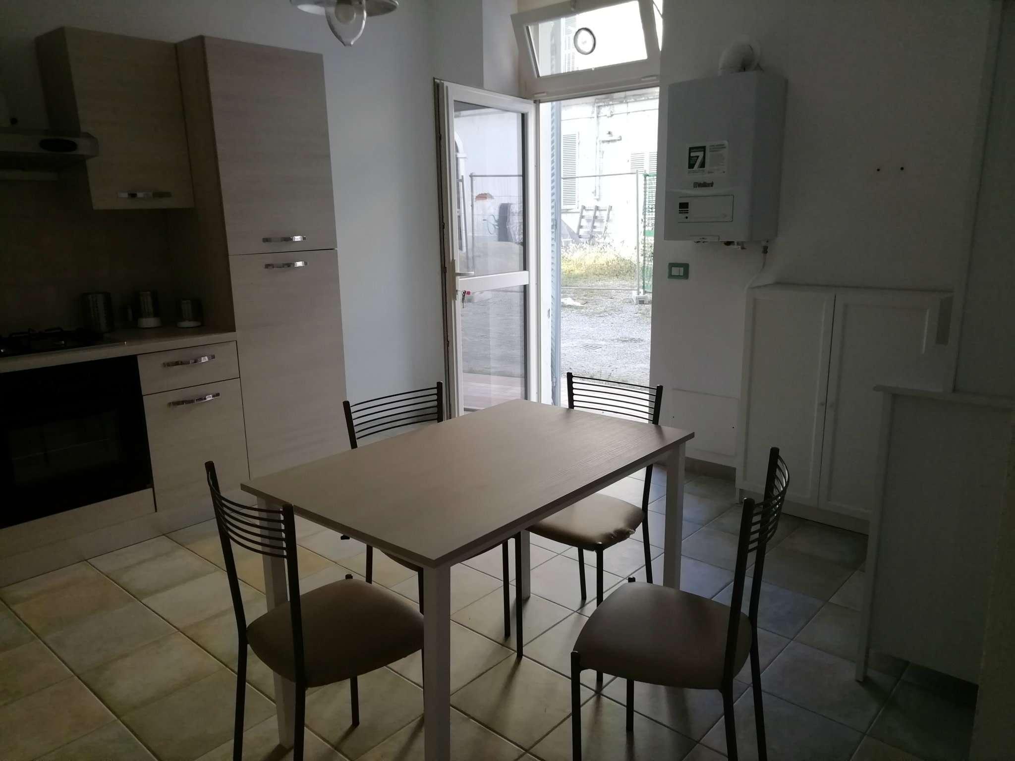 Appartamento in affitto a Caluso, 3 locali, prezzo € 450 | CambioCasa.it