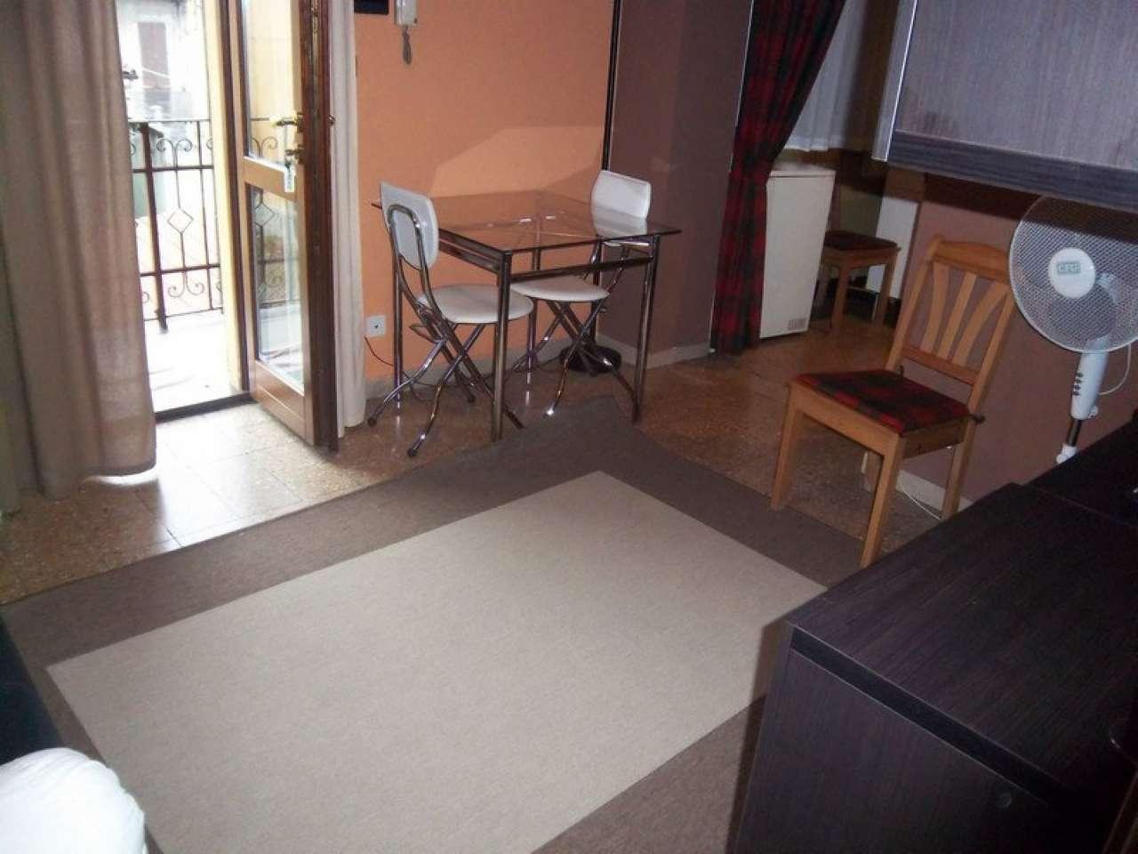 Appartamento in ottime condizioni arredato in affitto Rif. 9059307