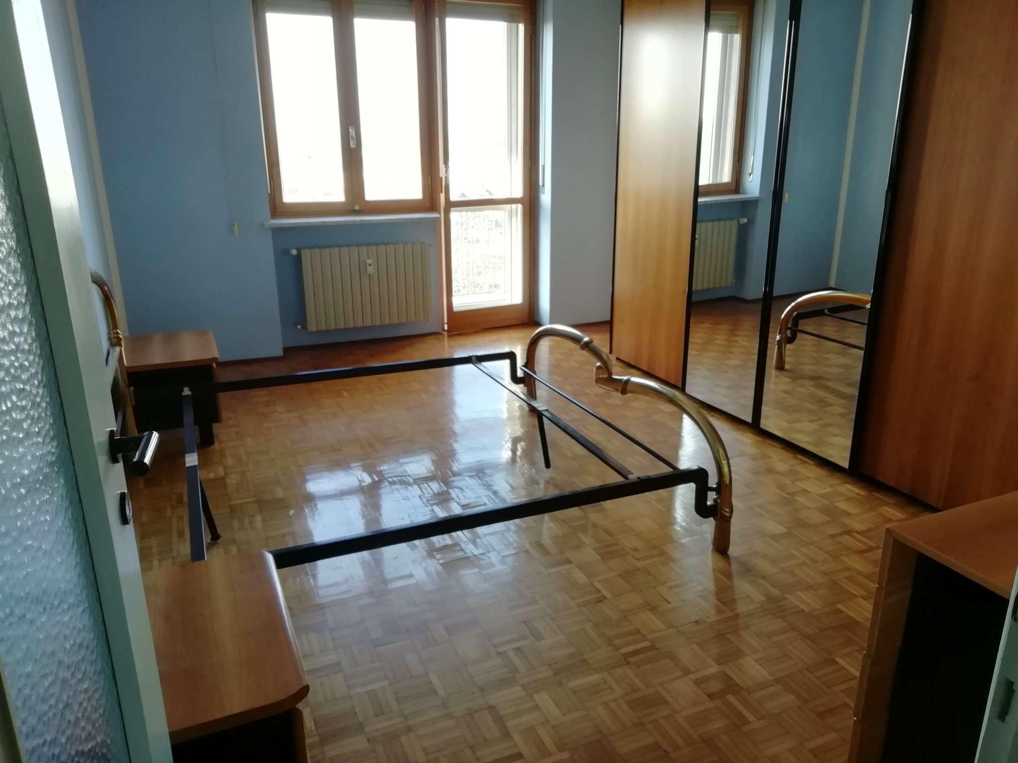 Appartamento in affitto a Chivasso, 3 locali, prezzo € 450 | PortaleAgenzieImmobiliari.it