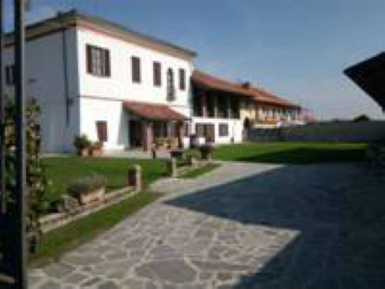 Negozio / Locale in affitto a Verolengo, 10 locali, Trattative riservate | PortaleAgenzieImmobiliari.it