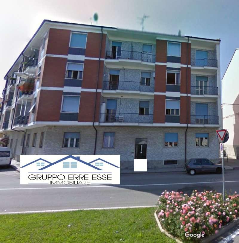 Appartamento in buone condizioni in vendita Rif. 8721267
