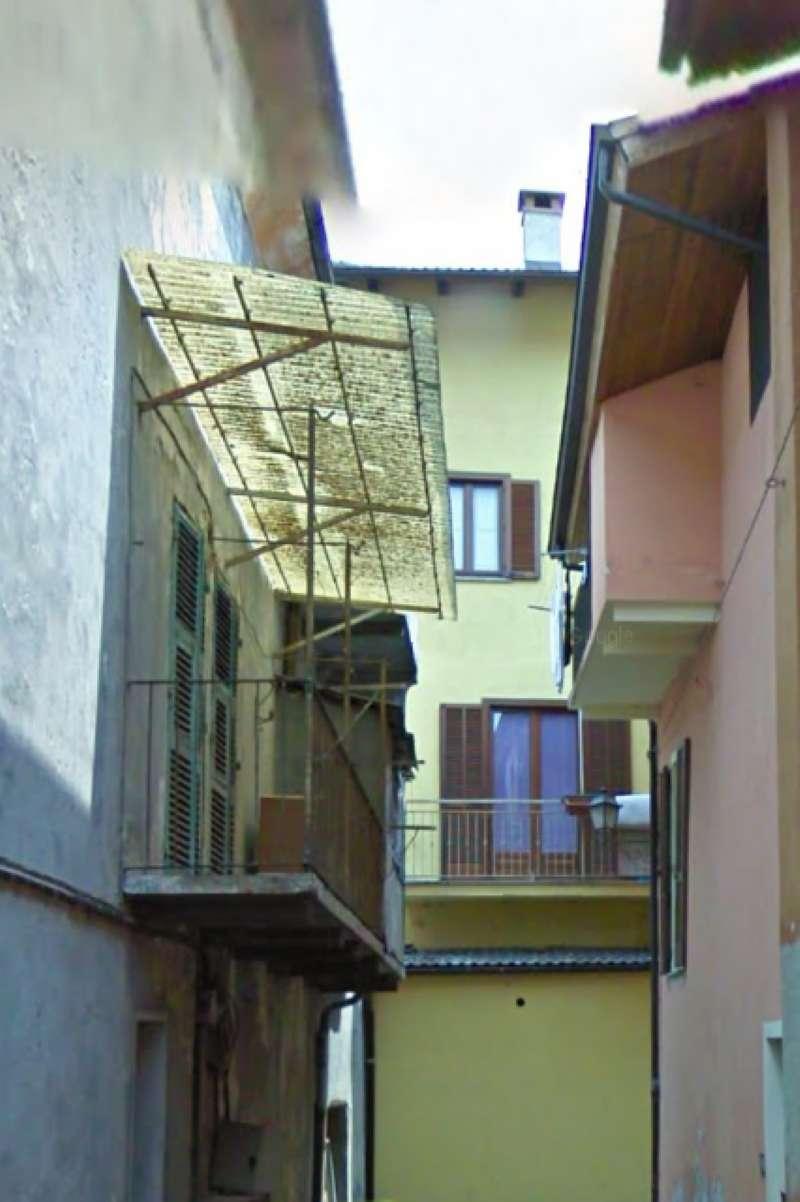 Appartamento in buone condizioni in vendita Rif. 6685469