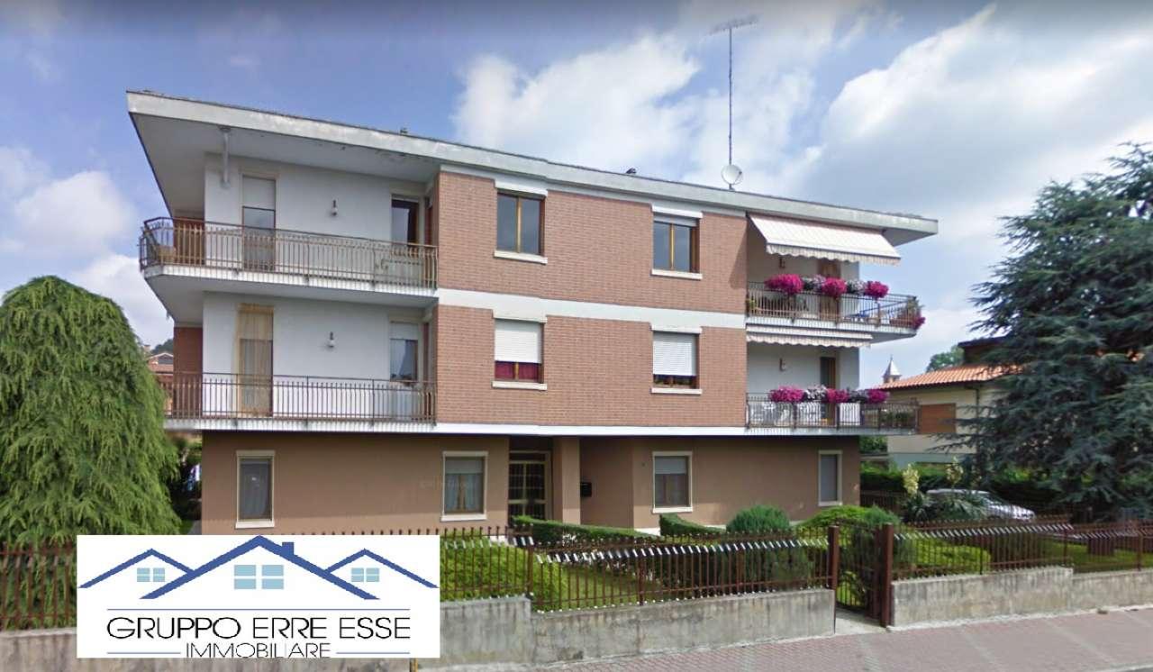 Appartamento in buone condizioni in vendita Rif. 8850931