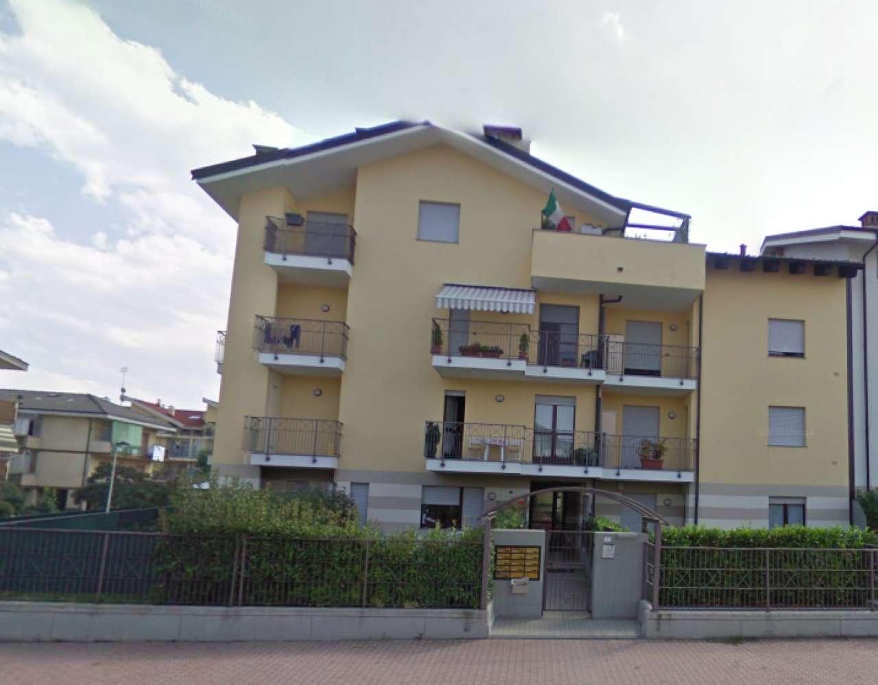 Appartamento in buone condizioni in vendita Rif. 7912345
