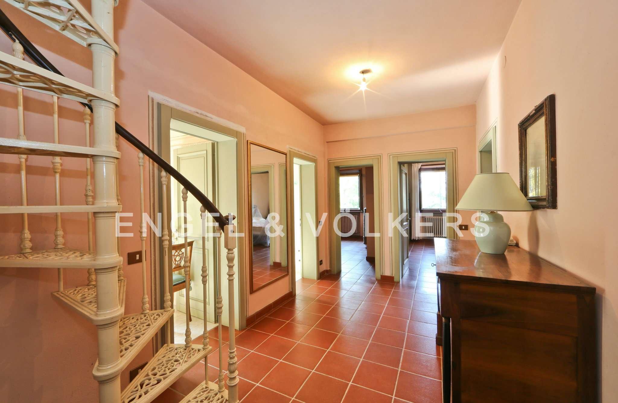 Appartamento al primo piano in villa bifamiliare nelle colline di Sassuolo