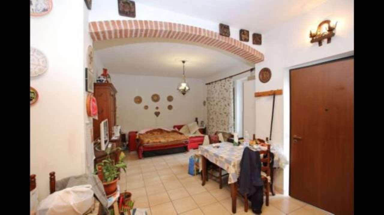 Appartamento in vendita a Castiglione Torinese, 3 locali, prezzo € 120.000 | CambioCasa.it