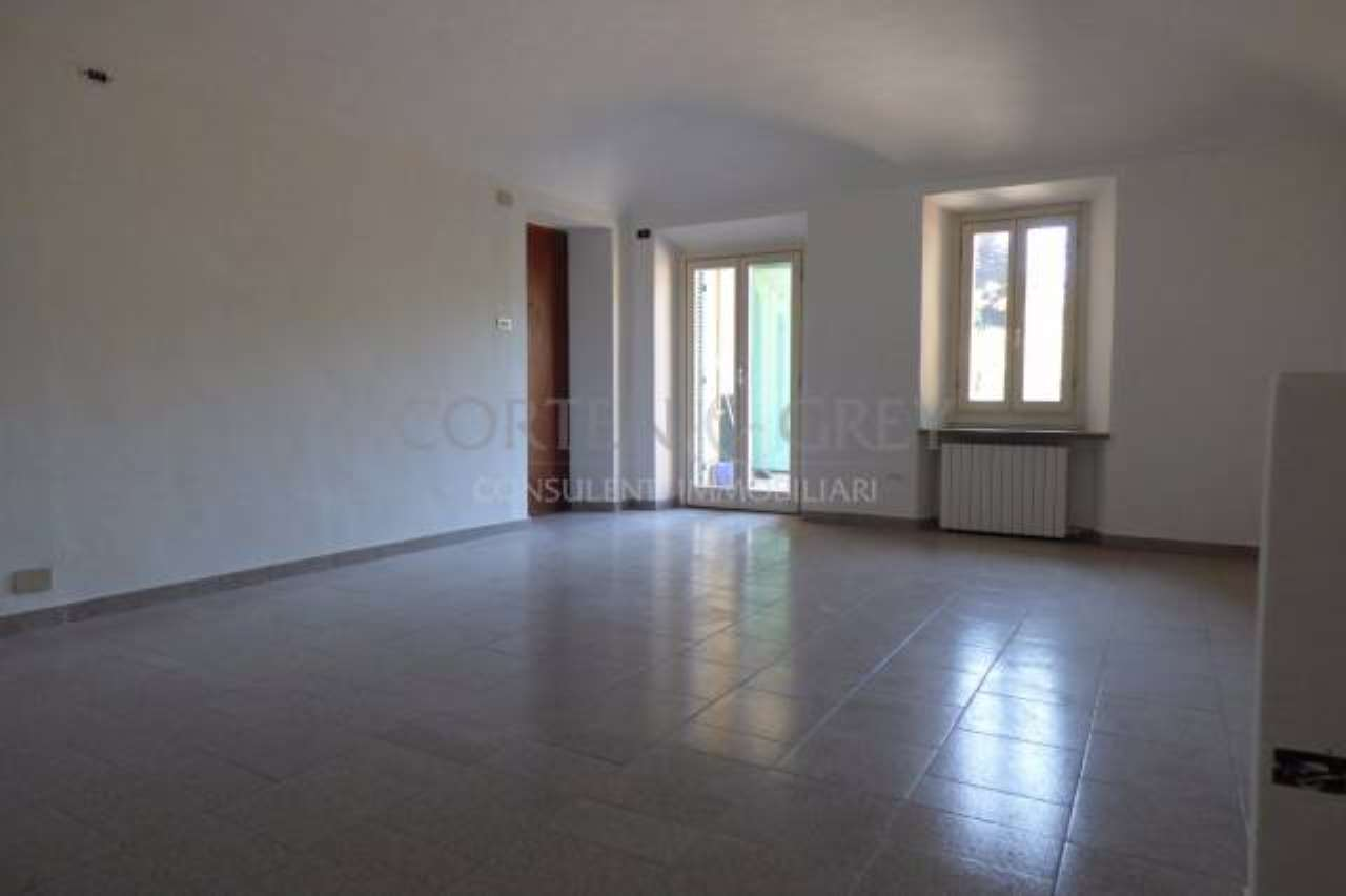 Appartamento in vendita a Castiglione Torinese, 4 locali, prezzo € 90.000 | CambioCasa.it