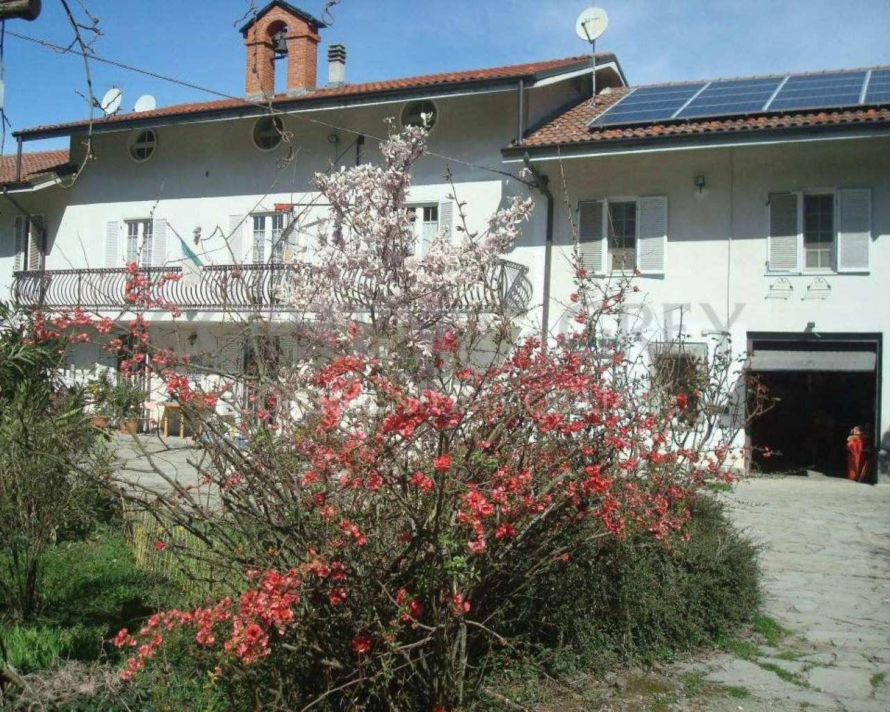 Soluzione Semindipendente in vendita a Casalborgone, 8 locali, prezzo € 220.000 | CambioCasa.it