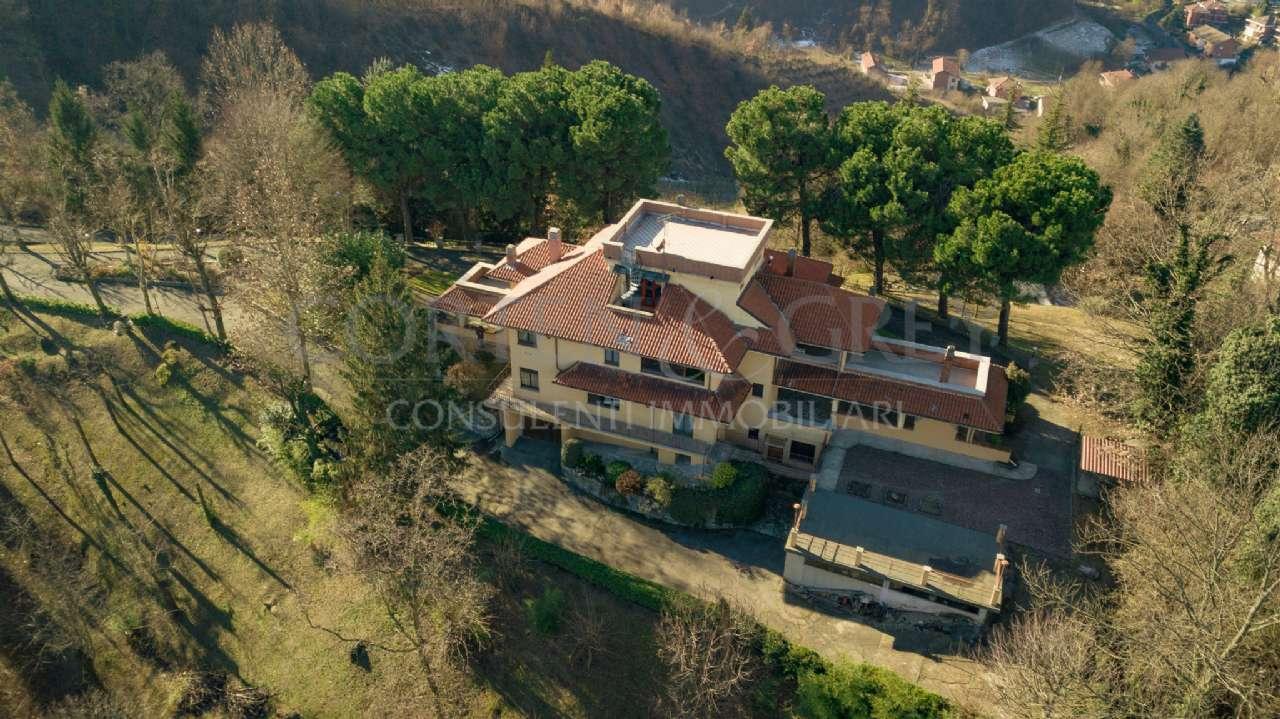 Villa in ottime condizioni in vendita Rif. 9337866