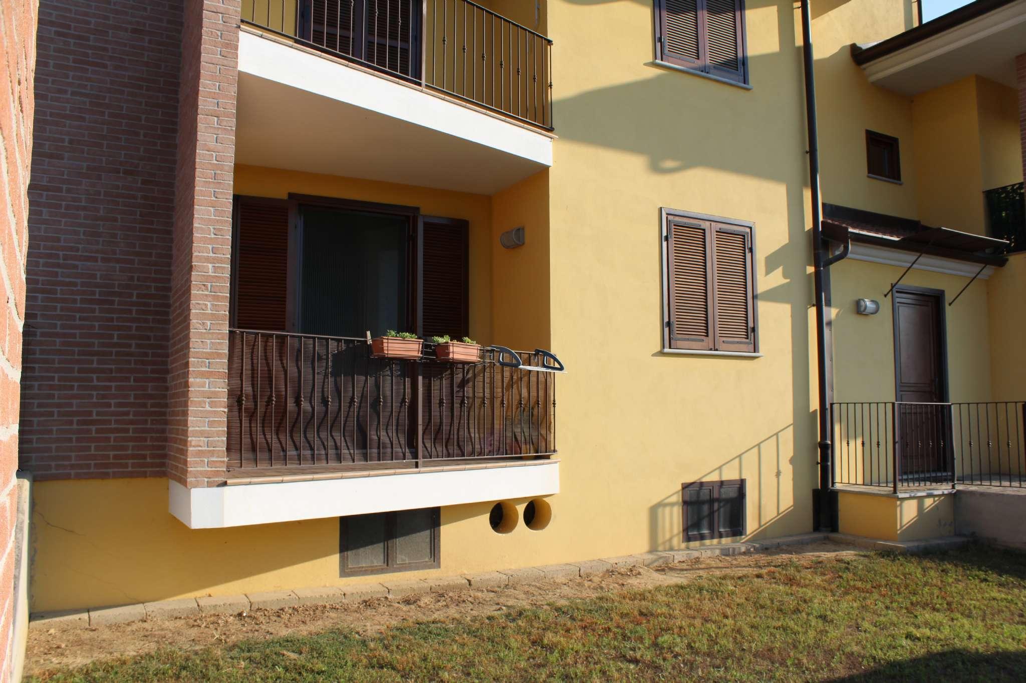 Appartamento in ottime condizioni in vendita Rif. 7453015