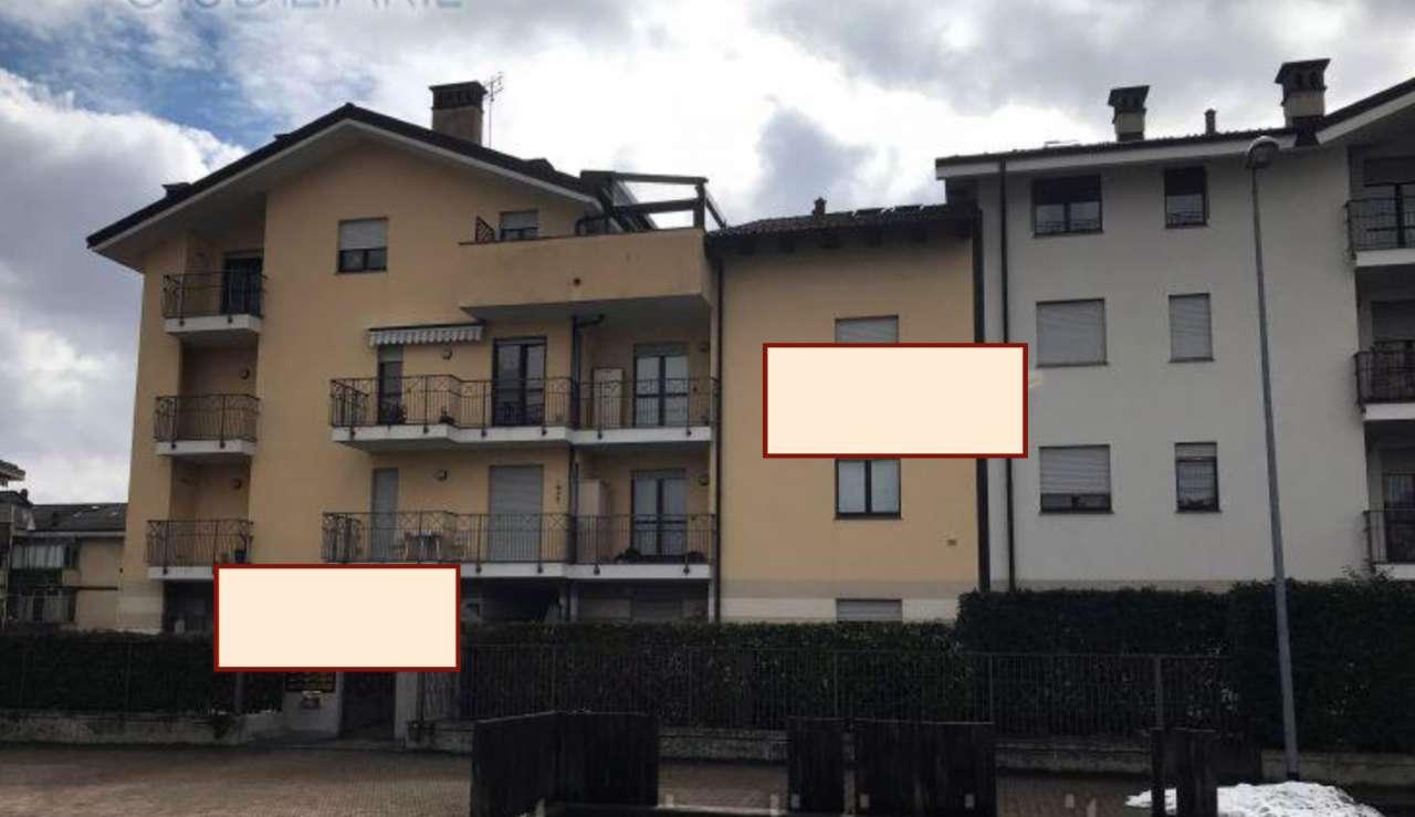 Appartamento in buone condizioni in vendita Rif. 7875385