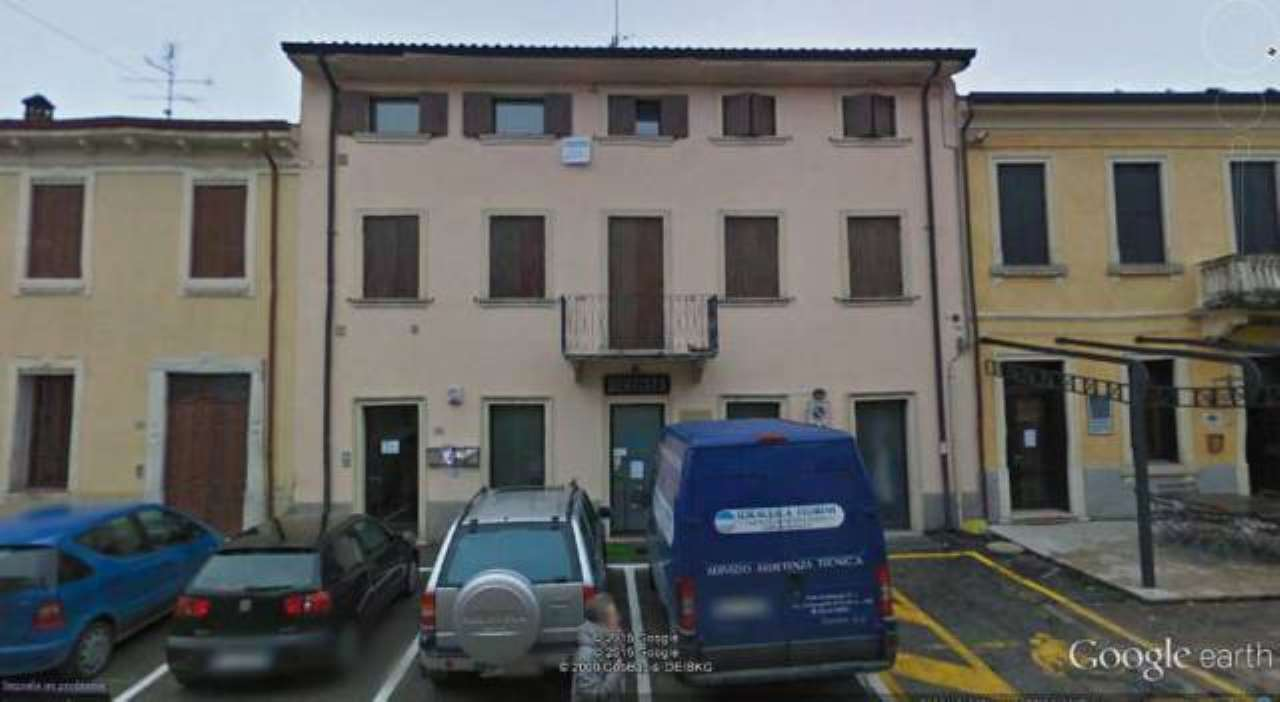 Ufficio / Studio in vendita a San Pietro in Cariano, 4 locali, prezzo € 170.000 | CambioCasa.it