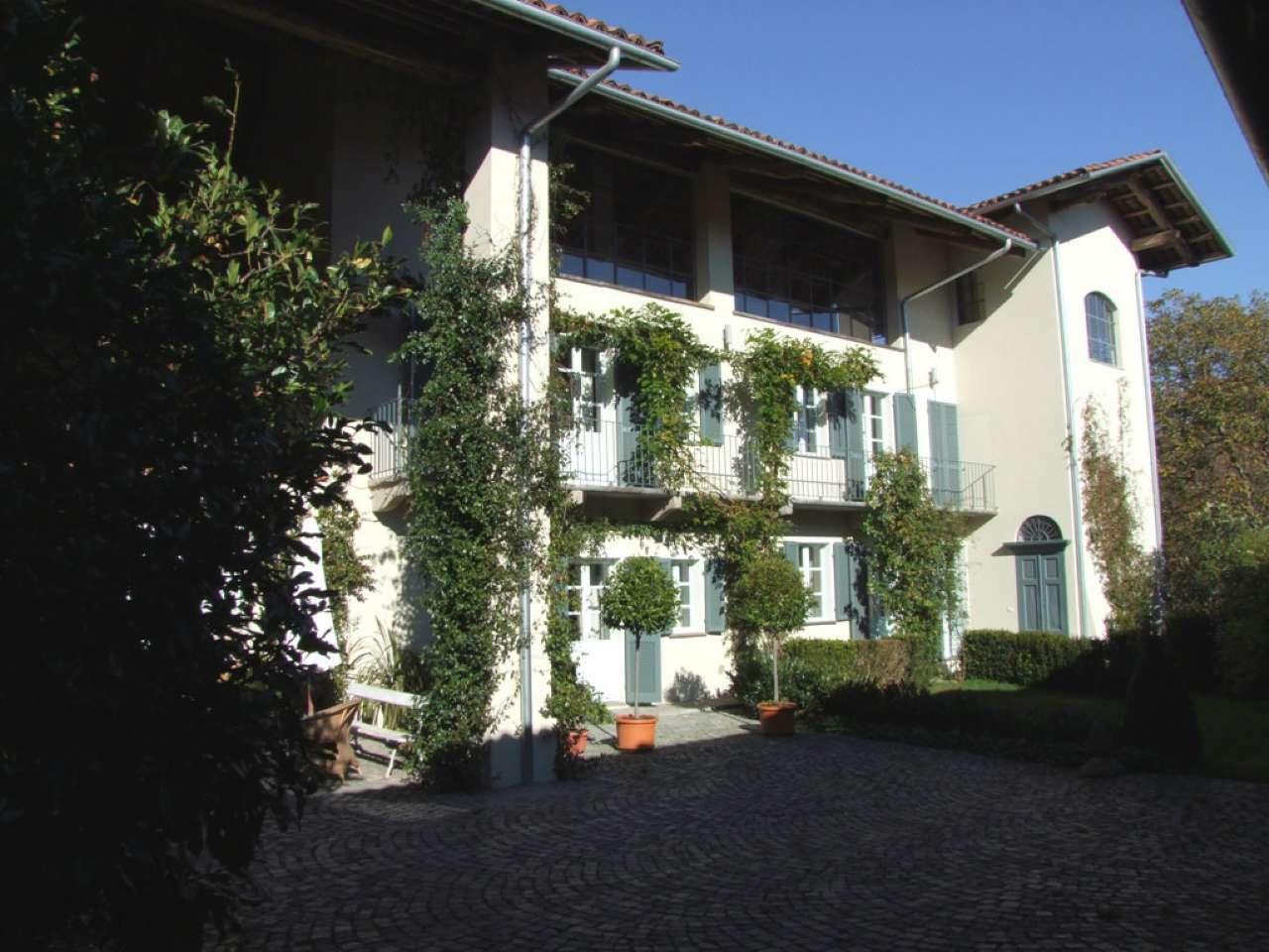 Rustico / Casale in vendita a Agliè, 9 locali, prezzo € 600.000 | CambioCasa.it