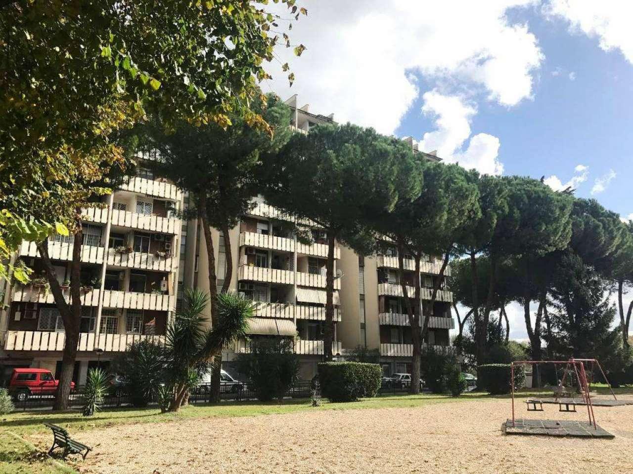 Appartamento in vendita a Roma, 4 locali, zona Zona: 8 . Tiburtina, Colli Aniene, Pietrasanta, San Basilio, prezzo € 290.000 | CambioCasa.it