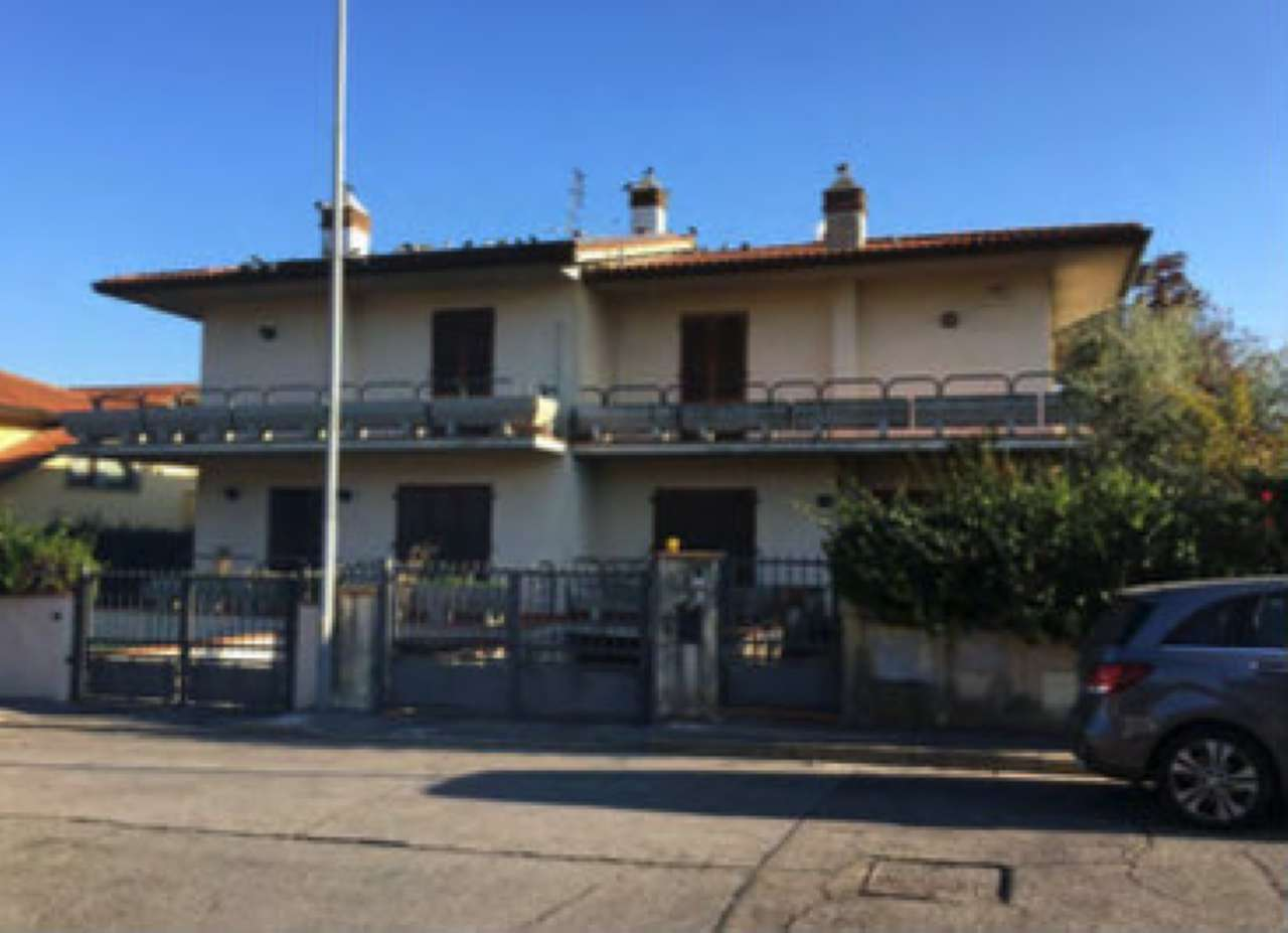 Villetta a schiera in buone condizioni in vendita Rif. 8650414
