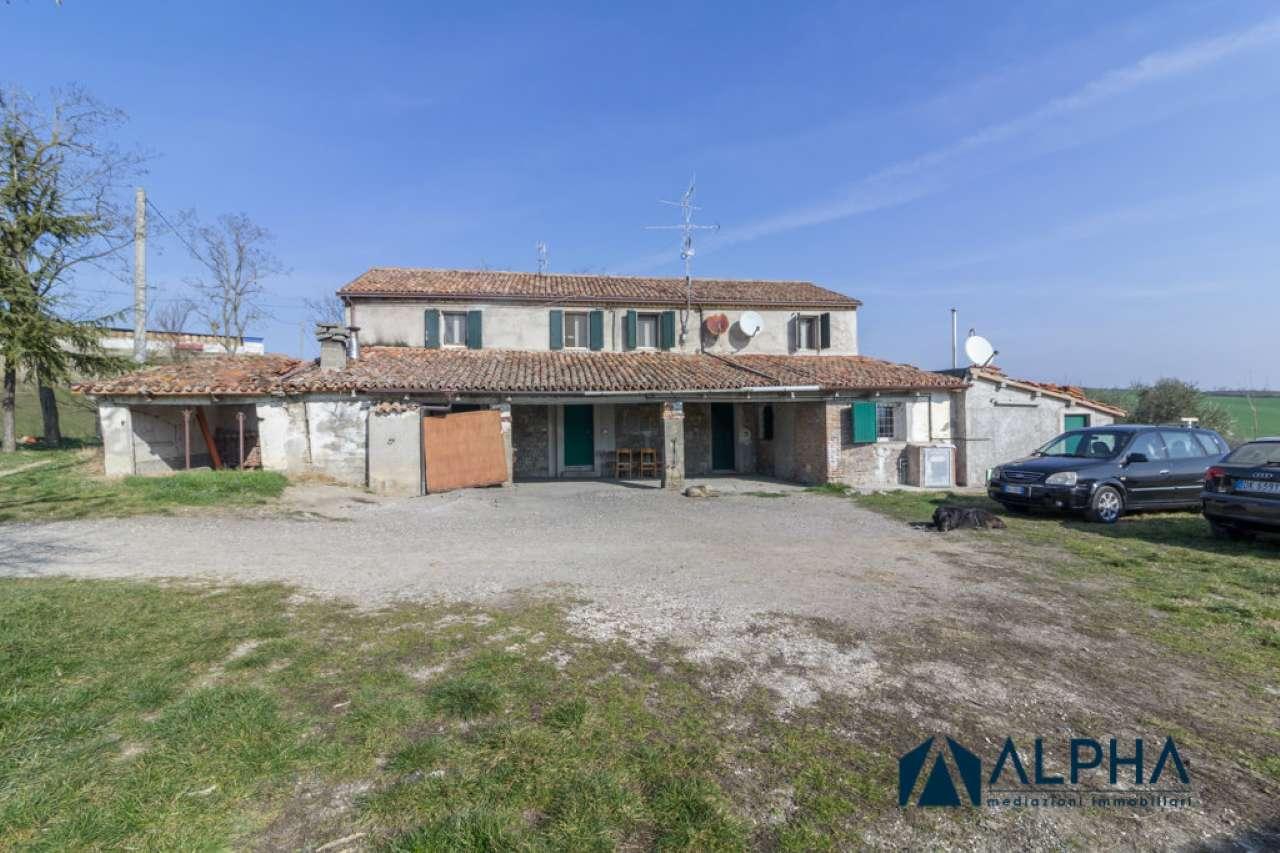 Altro in vendita a Cesena, 6 locali, prezzo € 128.000   CambioCasa.it