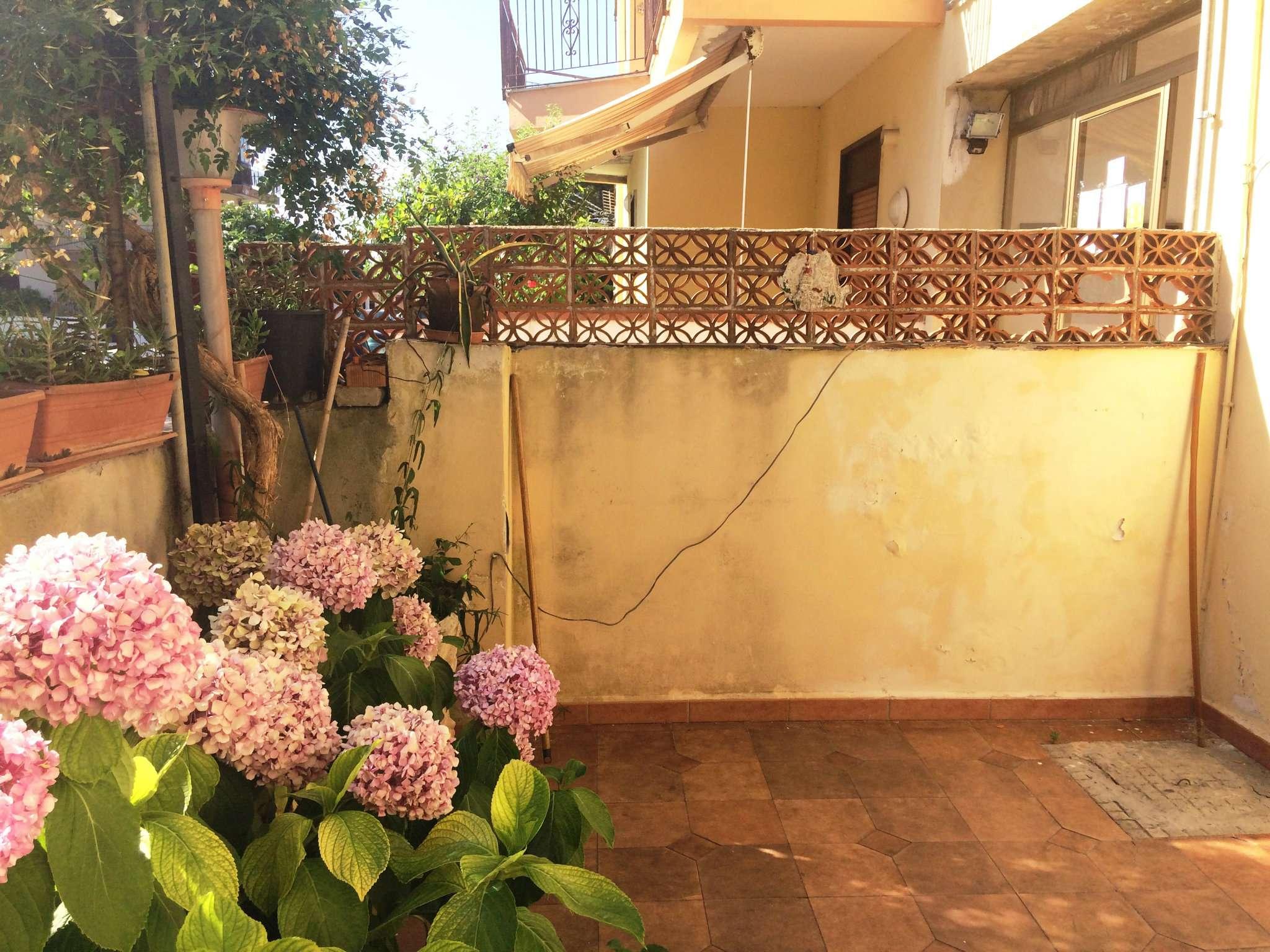 Appartamento in Vendita a Rometta Marea