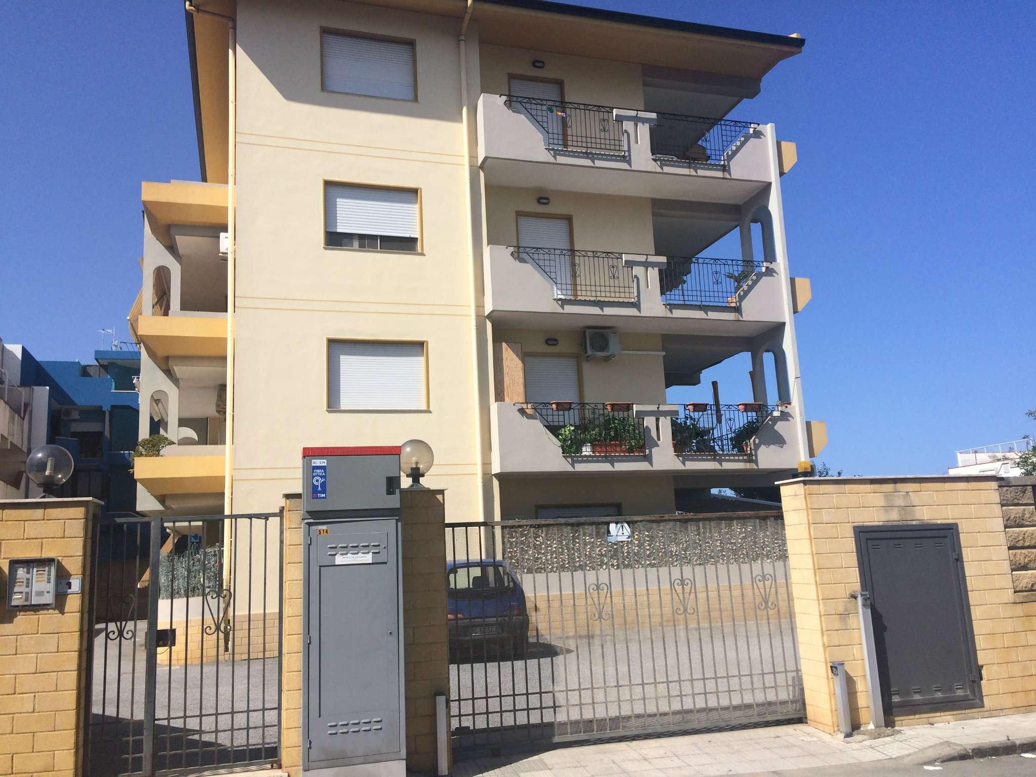 Appartamento in vendita a Rometta, 3 locali, prezzo € 130.000 | CambioCasa.it