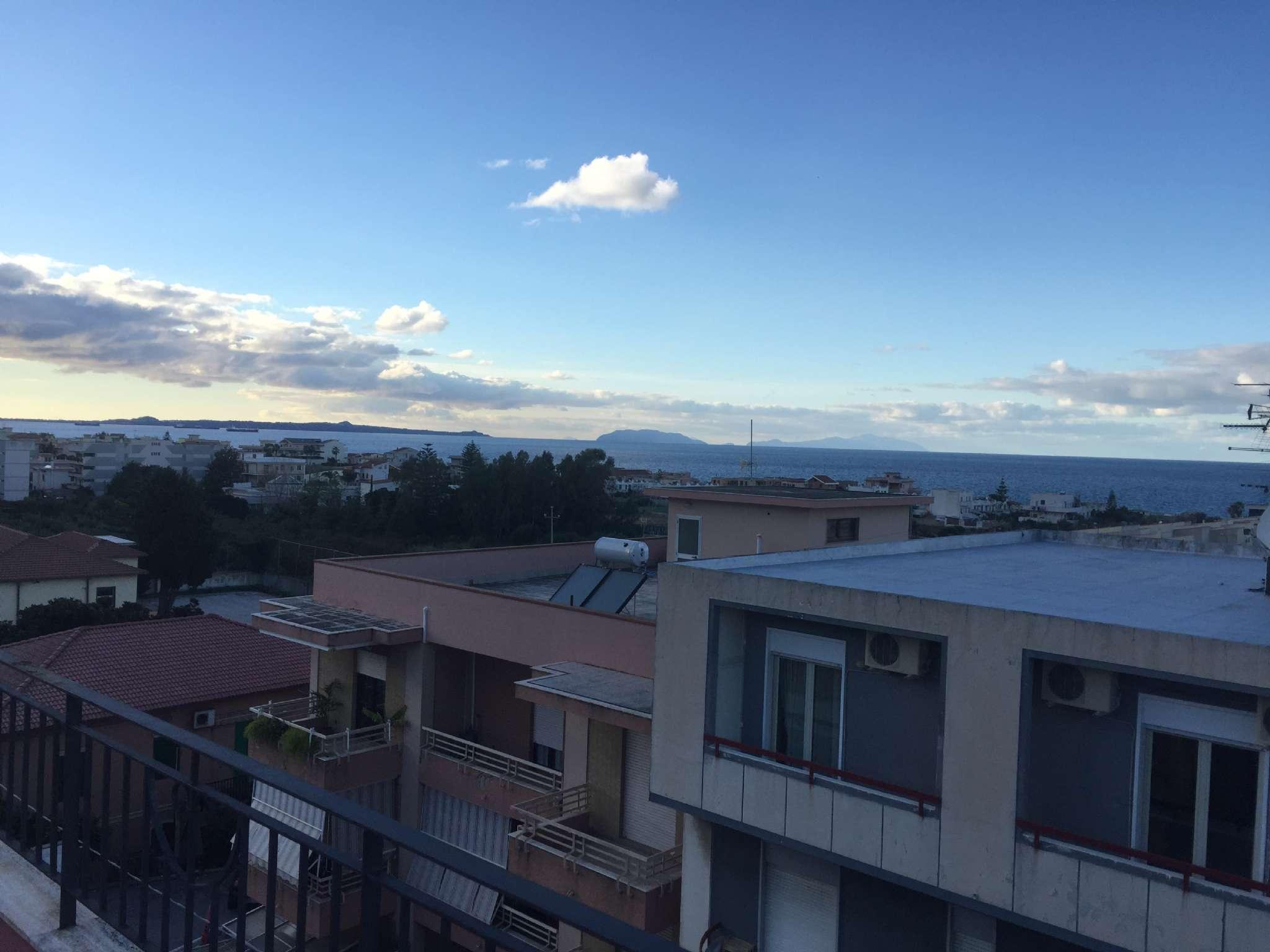 Mansarda in Vendita, Rometta Marea, Messina