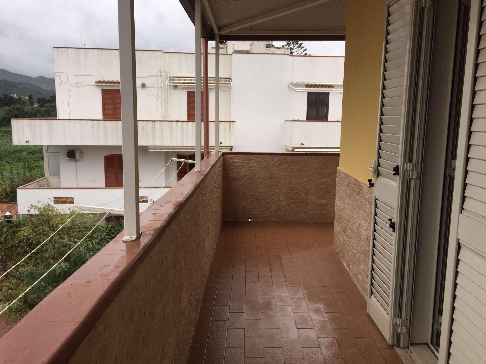 Appartamento in Vendita a Rometta Marea, Messina