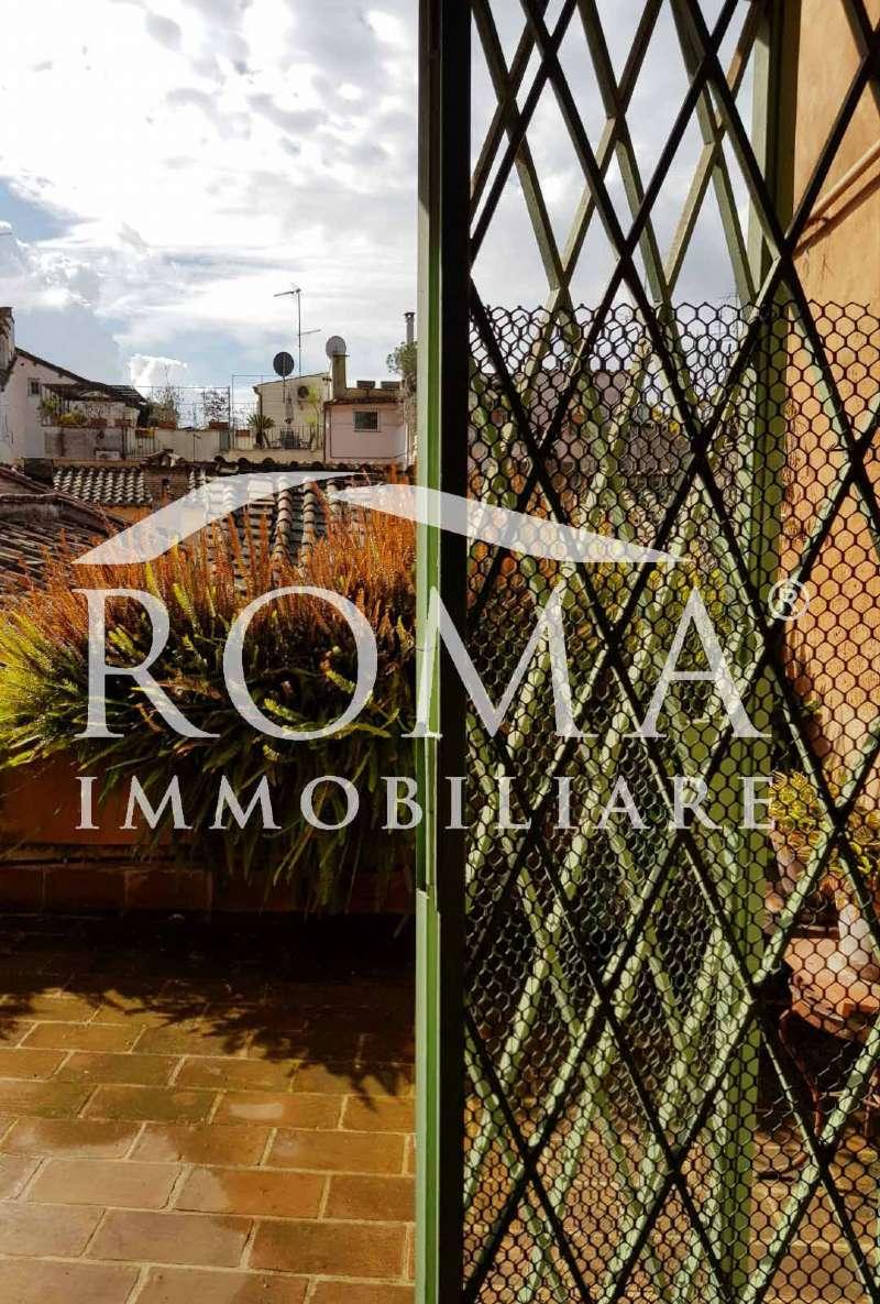 Attico / Mansarda in vendita a Roma, 2 locali, zona Zona: 1 . Centro storico, prezzo € 880.000 | CambioCasa.it